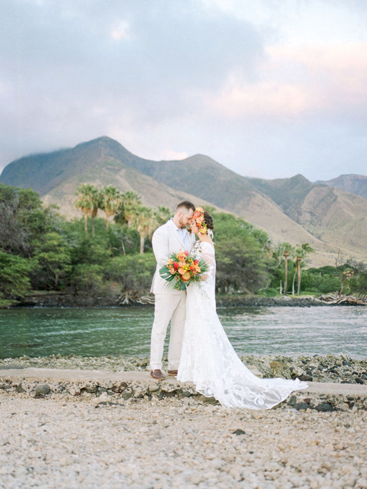 W0518_Dugan_Olowalu-Plantation-Wedding_Maui-Photographer_Caitlin-Cathey-Photo_film_0019-2