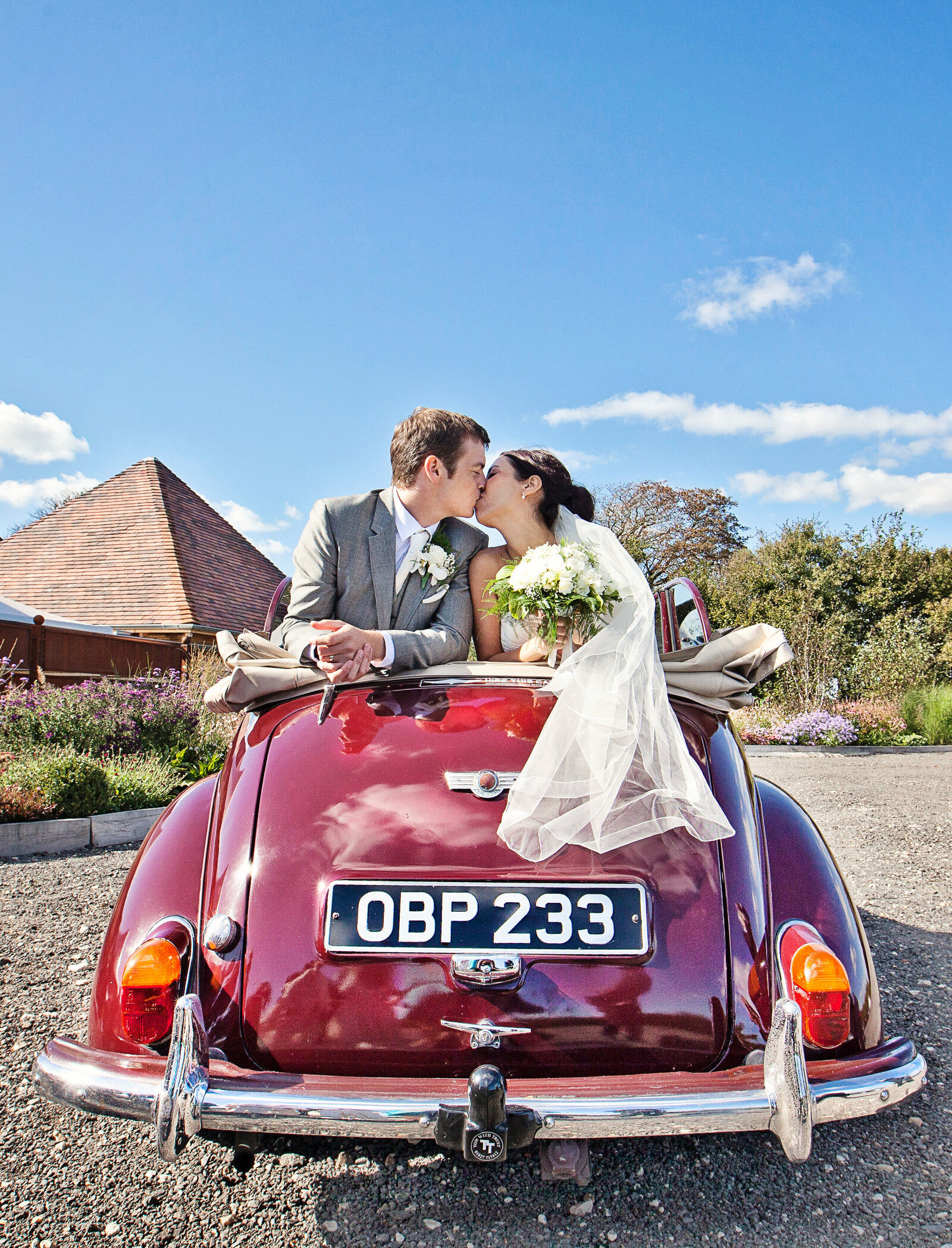 adorlee-576-southend-barns-wedding-photographer