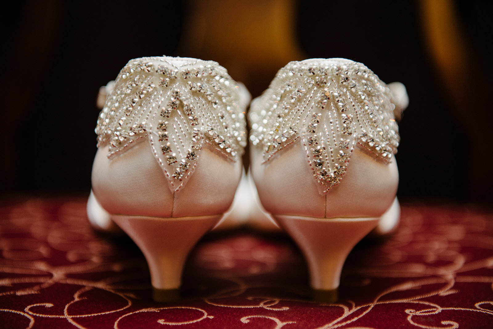 Image of white sparkle  one inch heals