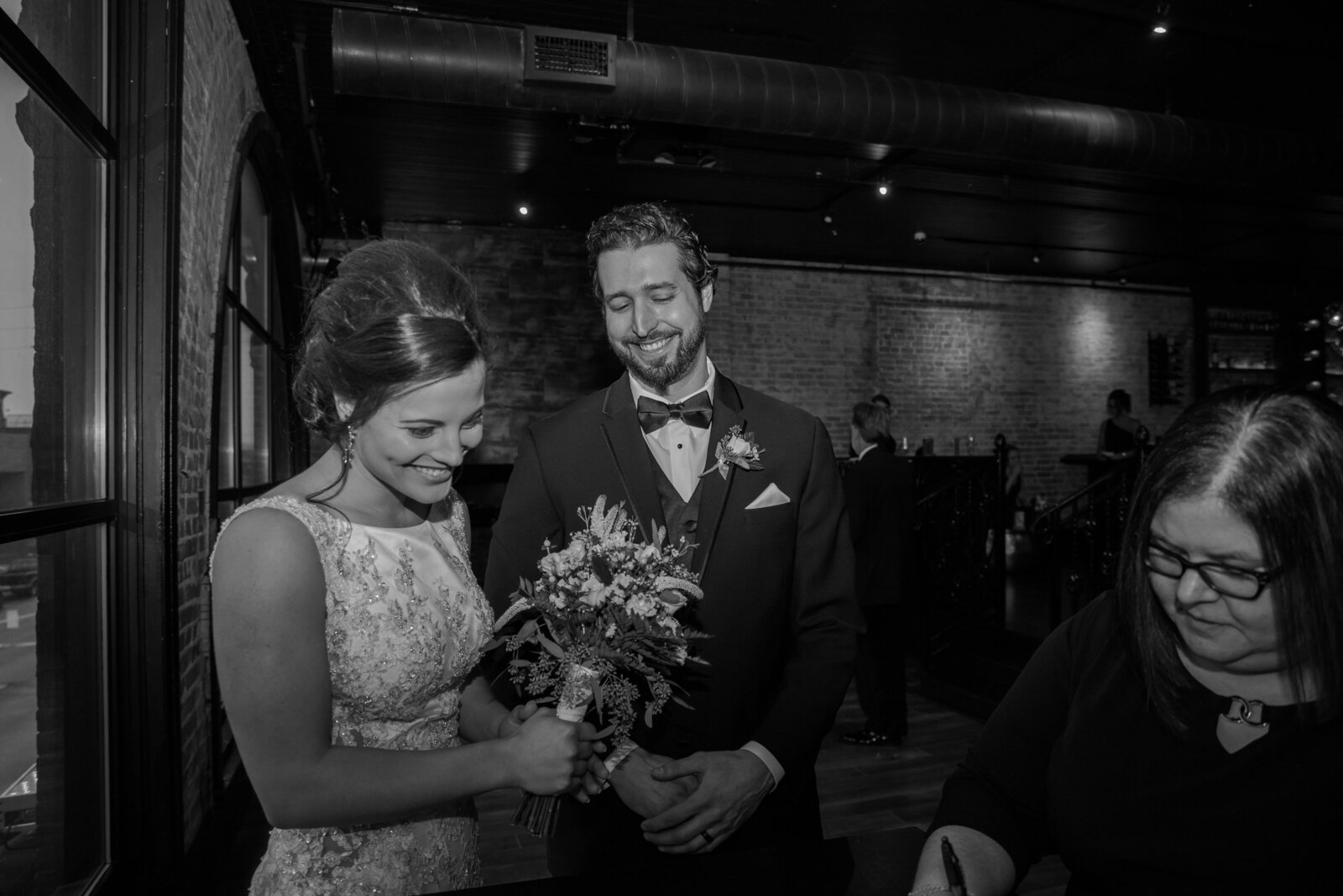 bride-groom-candid-shot