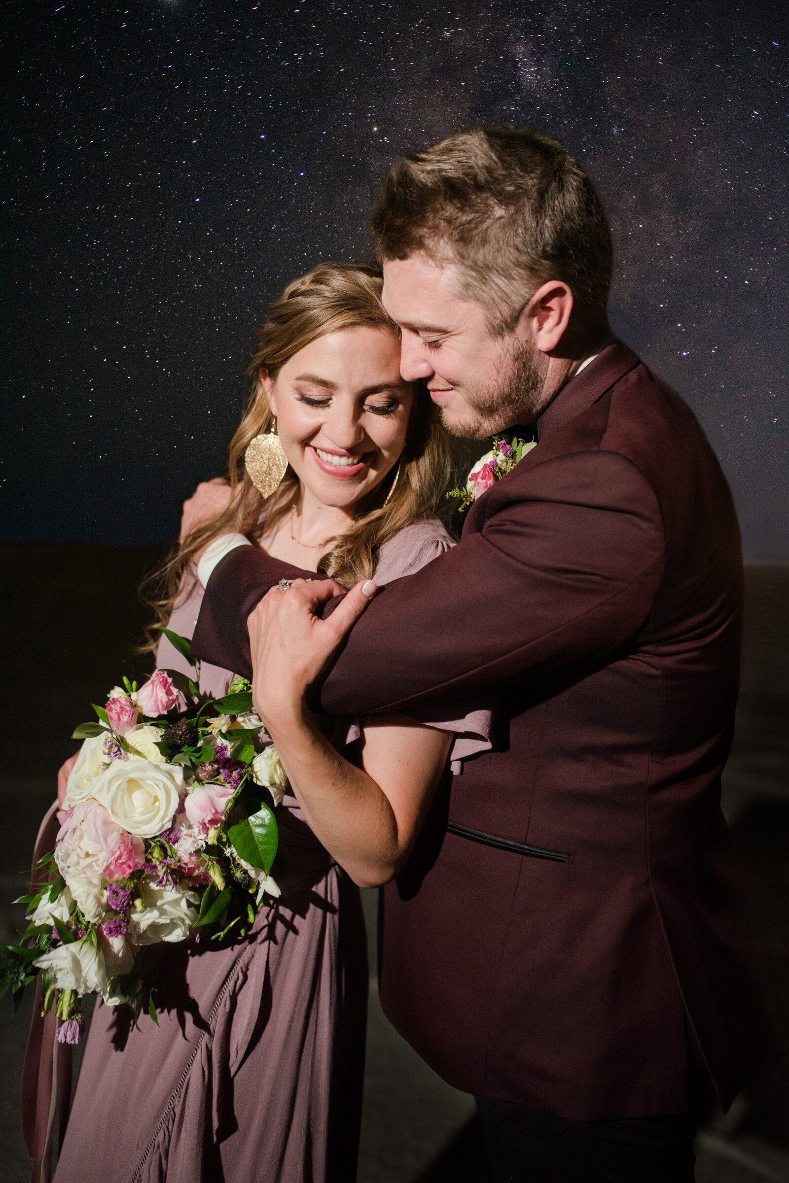 17. Bonneville Salt Flats Milky Way Anniversary Session_Jessie and Dallin Photography_001