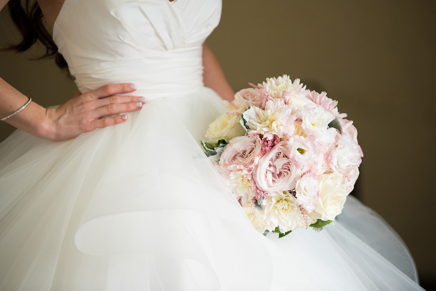 Close up detail photo of a bride's bouquet
