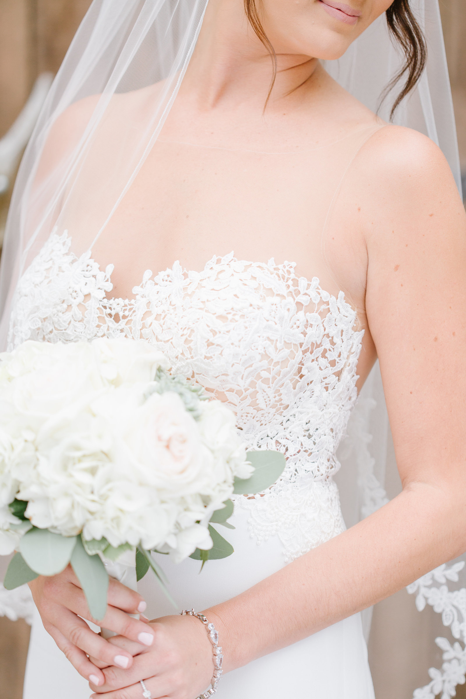 bridal-detail-white-bouquet-North-Jersey-Wedding-Photographer-JDMP-37