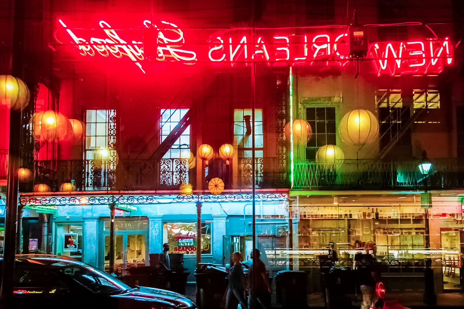 069-KBP-travel-New-Orleans-bourbon-street-neon-lights