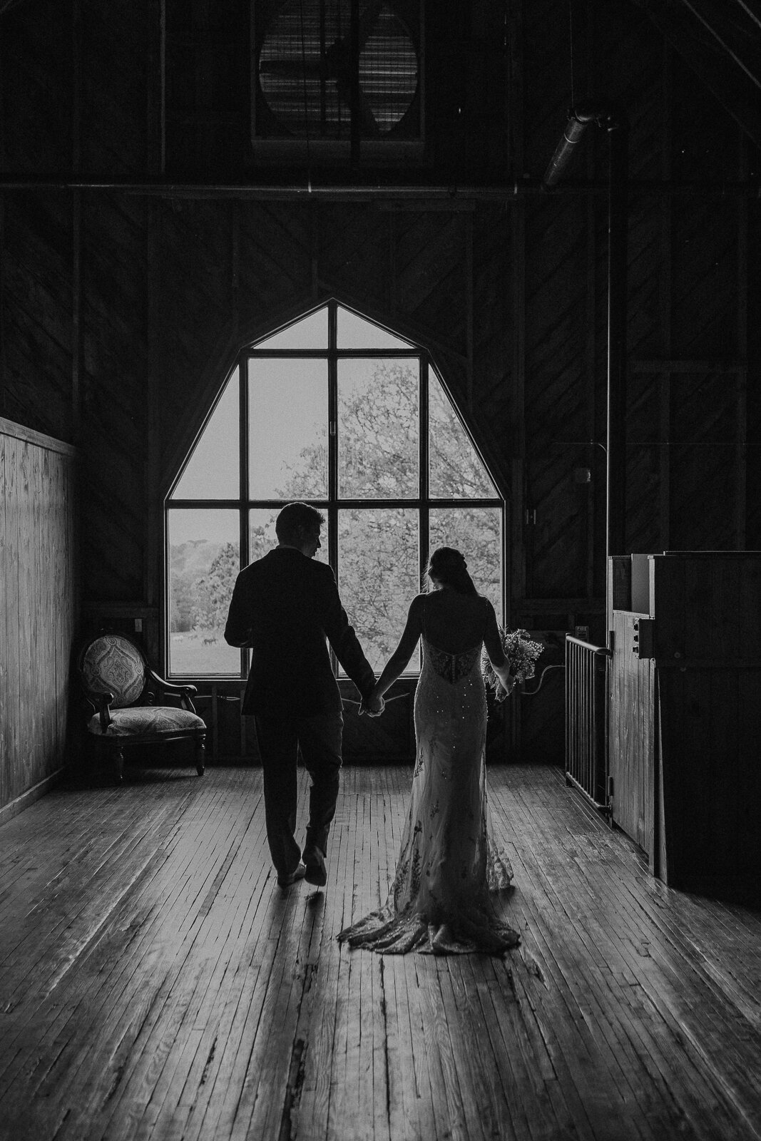 anne-springs-close-greenway-dairy-barn-charlotte-wedding-photographer-anorda-photography-18