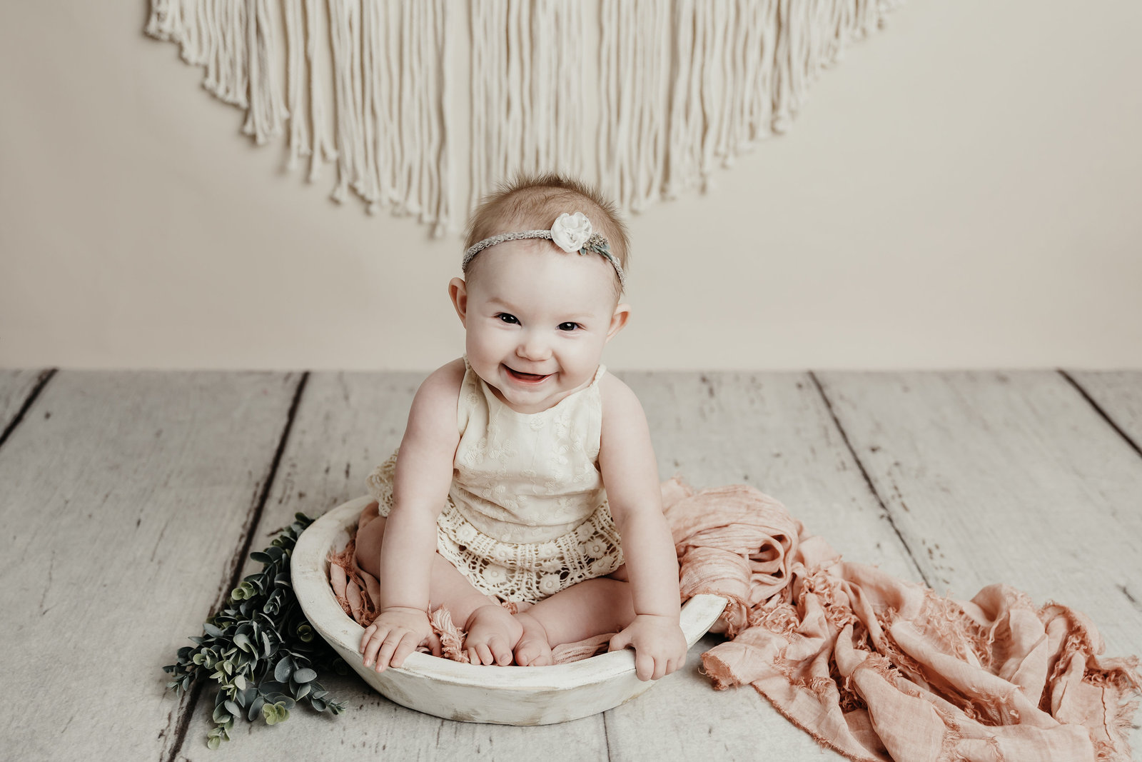 Karis 6 Month Sitter Session baby photographer Valerie Clement Photography