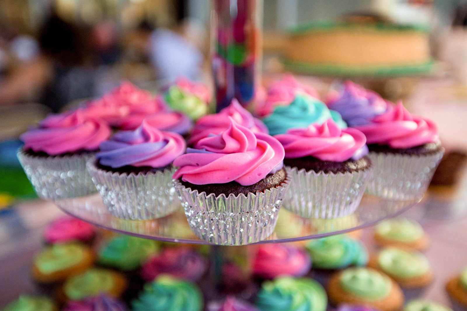 rainbow-cupcake-reception-yards-brewing-philadelphia-pa-wedding-kate-timbers-photography-5592