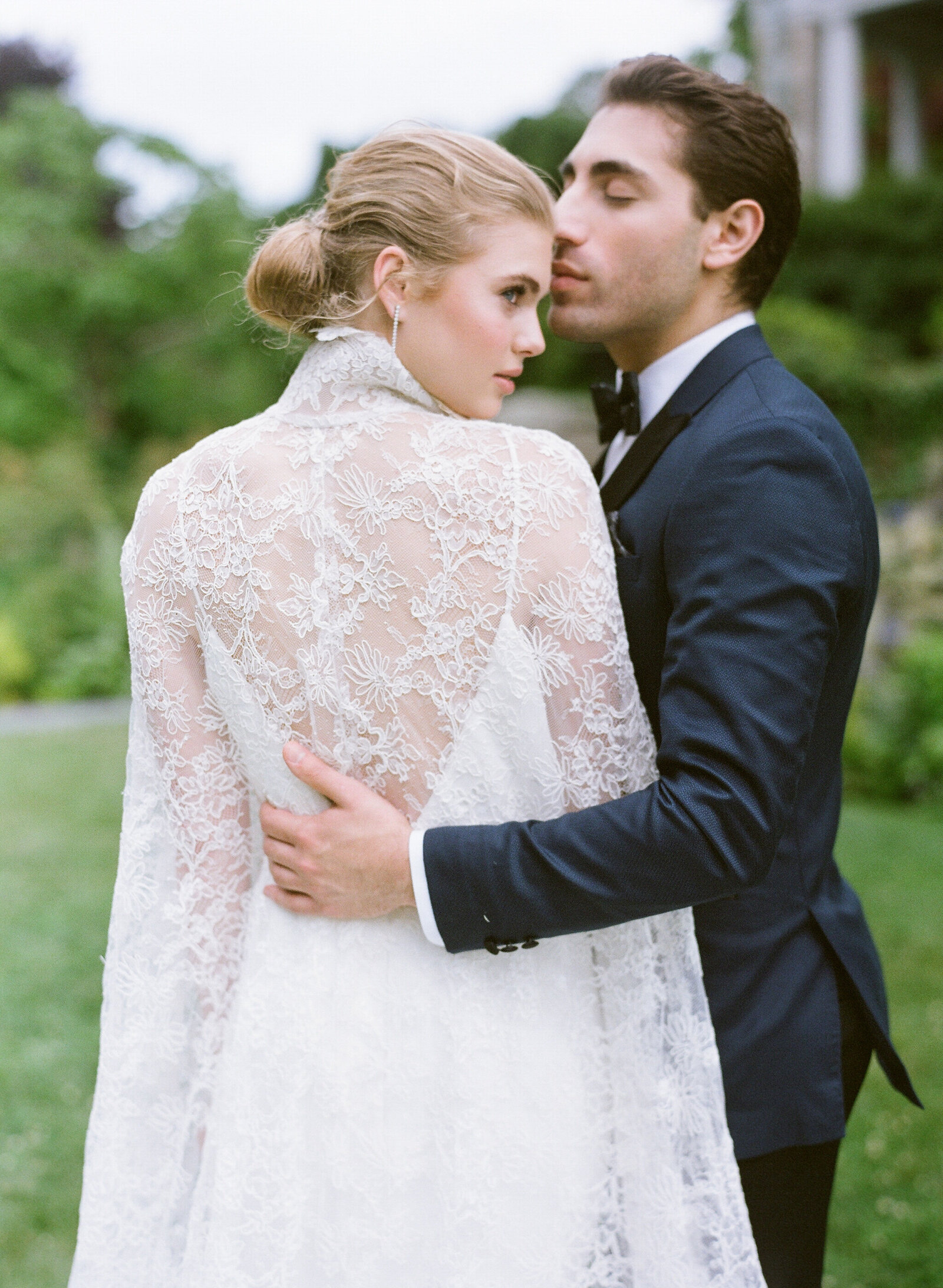 Blithewold Mansion_Newport_Rhode Island_Summer Wedding-49