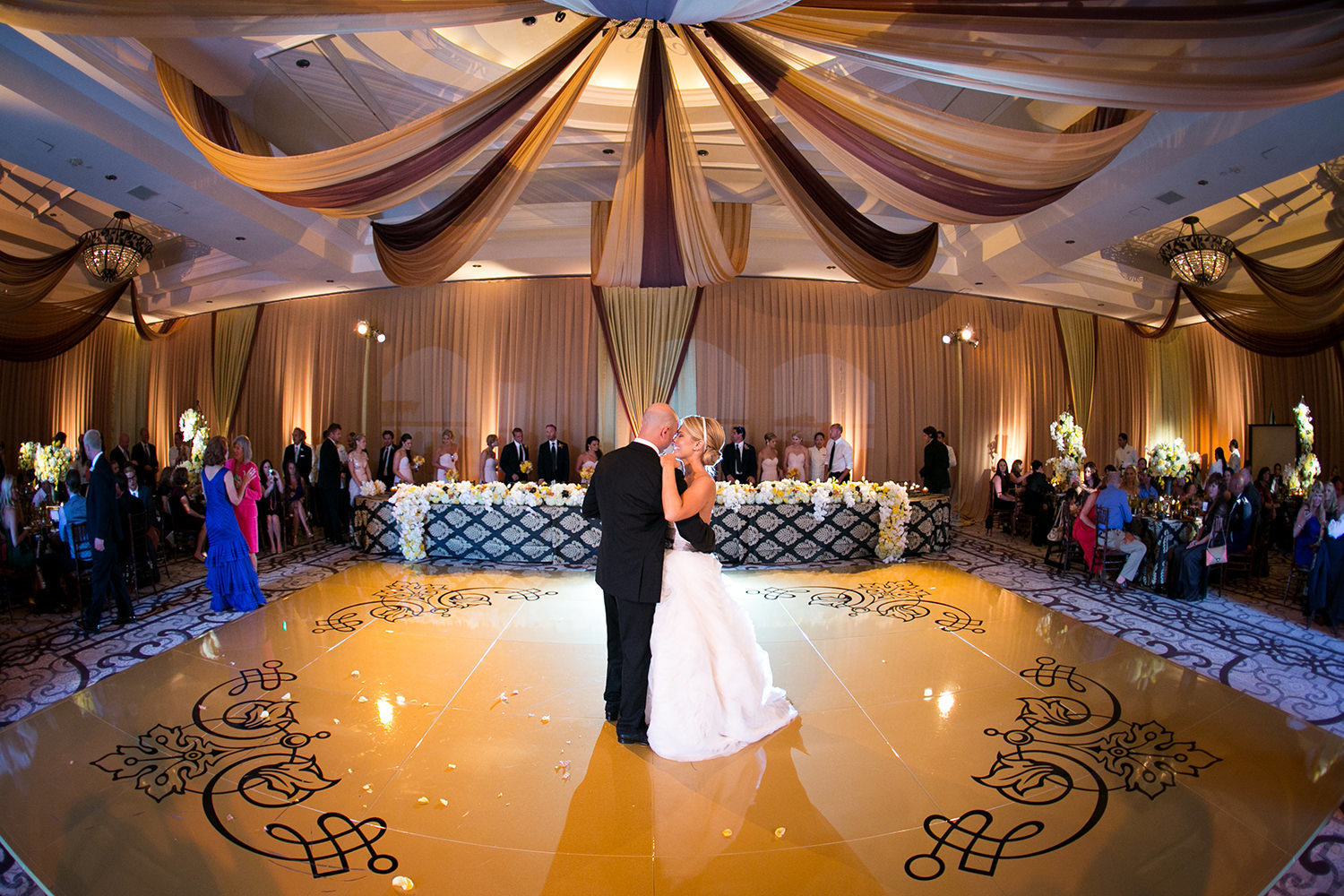 Spotlight on the first dance in the incredible St. Regis Monarch Beach
