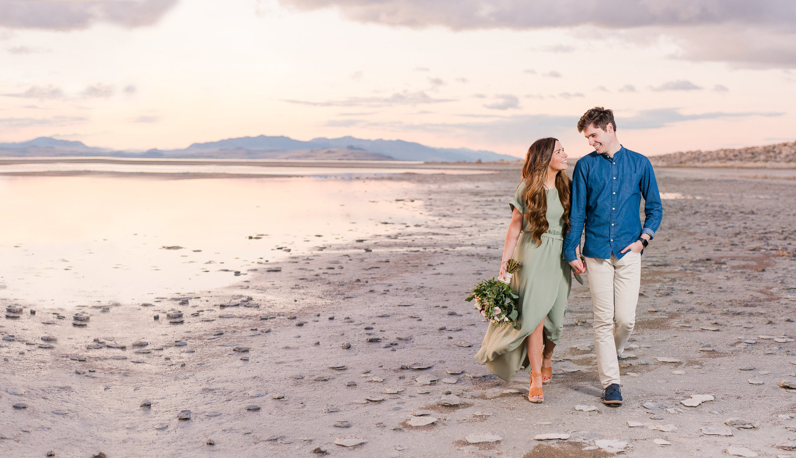 Utah Wedding Photographers - Jessie and Dallin Photography RE-14 COVER