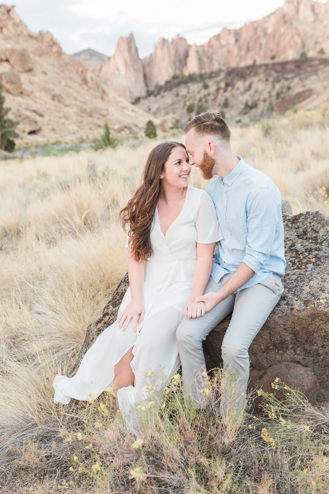 Engagement photos at Smith Rock outside of Bend, Oregon
