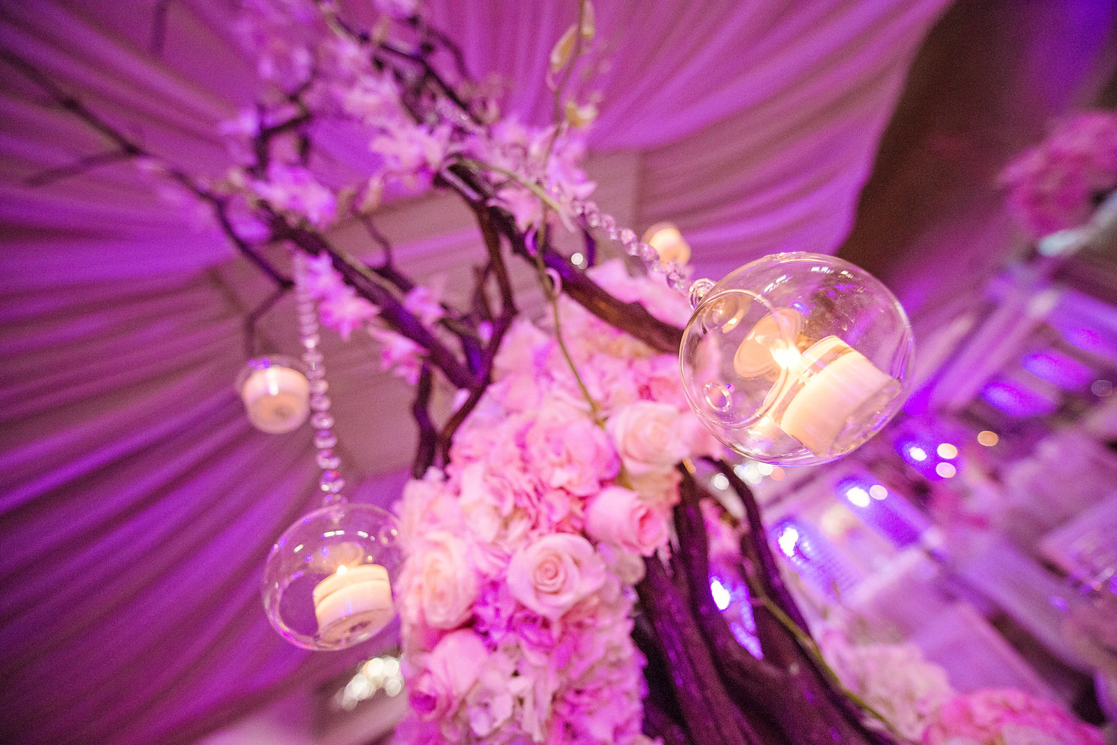 Luxurious wedding decor from Chateau Briand