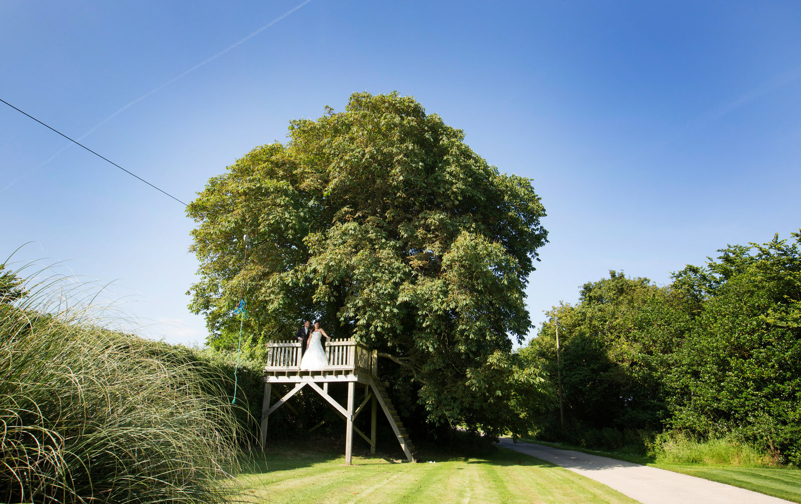adorlee-1097-southend-barns-wedding-photographer-chichester-west-sussex