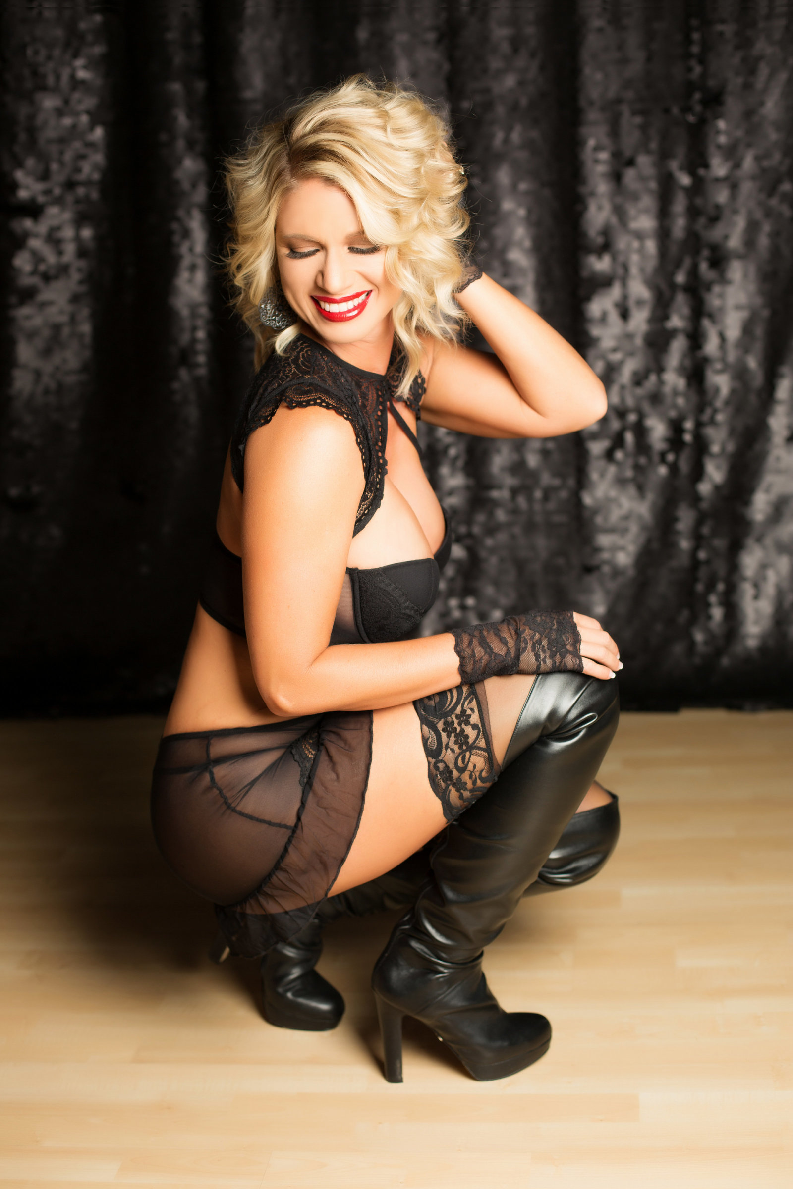 fun and flirty boudoir, boudoir photos arizona