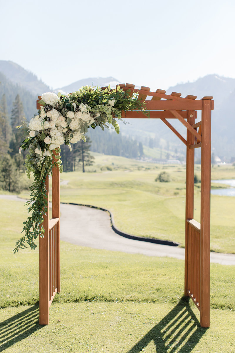 Lake-Tahoe-Wedding-Squaw-Vallery-Resort-Katya-Ryan-0236