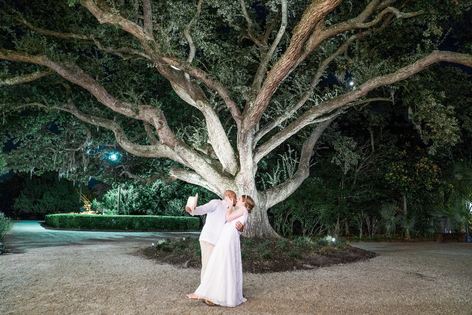 charlotte wedding photographer shot of Oak Tree The Island House Wedding Photography
