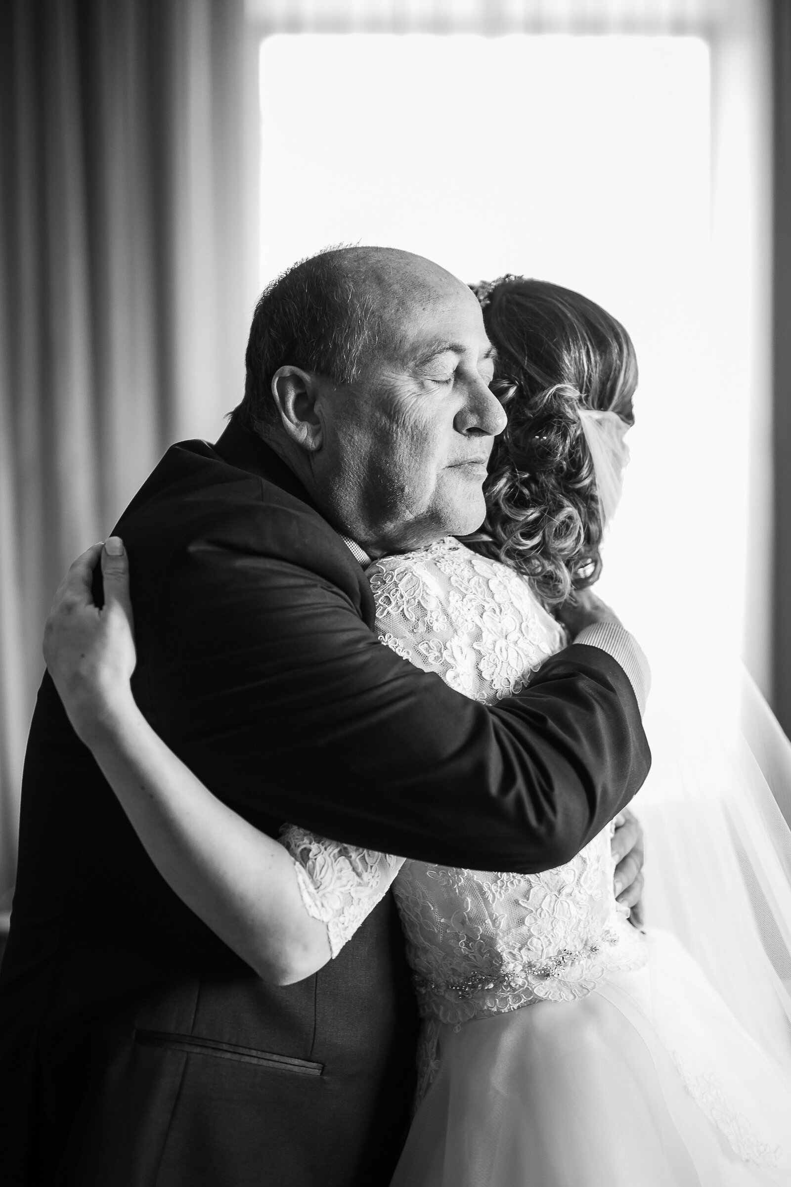 20Luminous Weddings Toronto Wedding Photographers