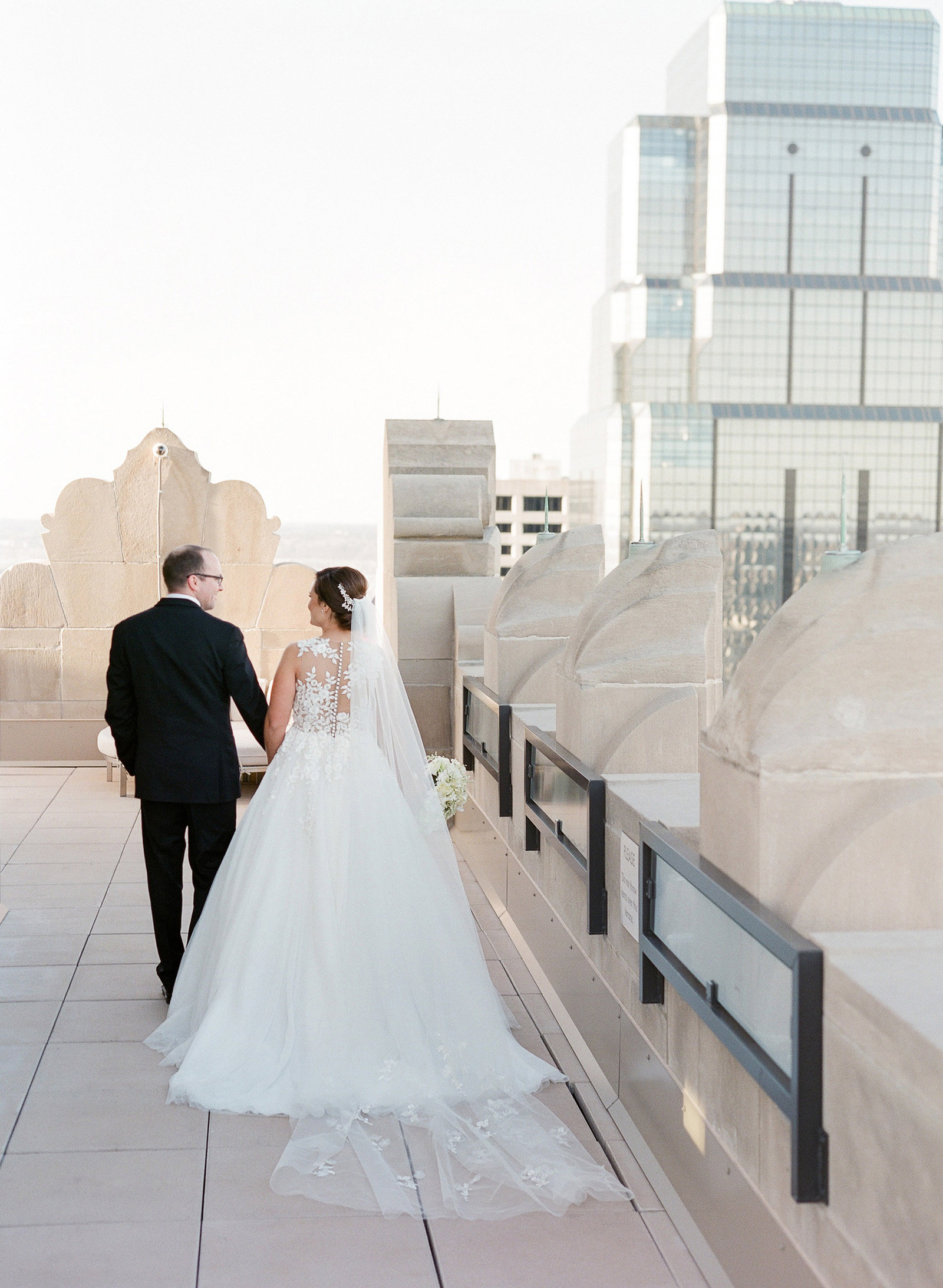 Pura-Soul-Photo-Moye-Kansas-City-Wedding-Film-109