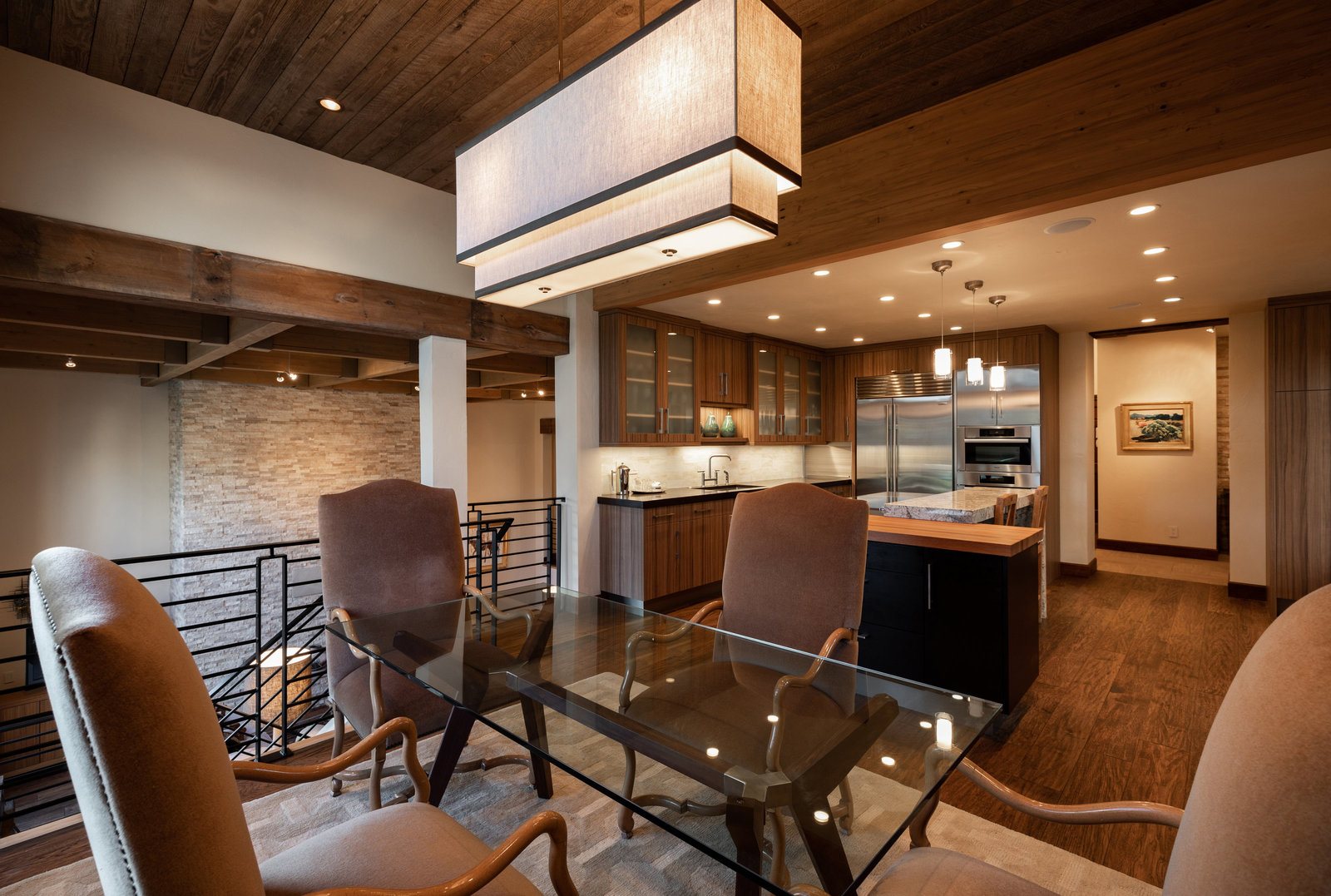 141_corral_rd_interior_dining