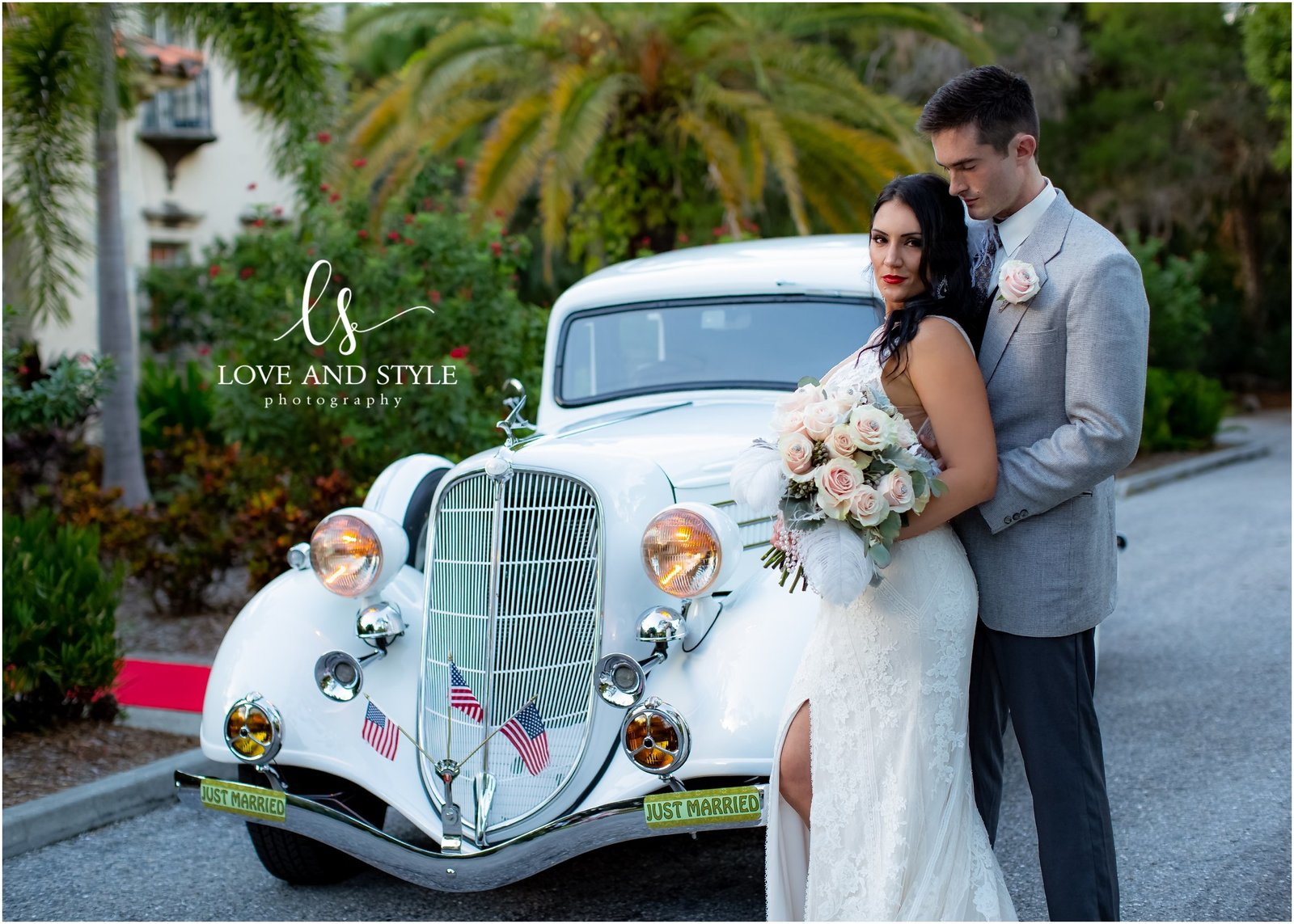 Bride and Groom in front of The Powel Crosley Estate in Sarasota, Florida