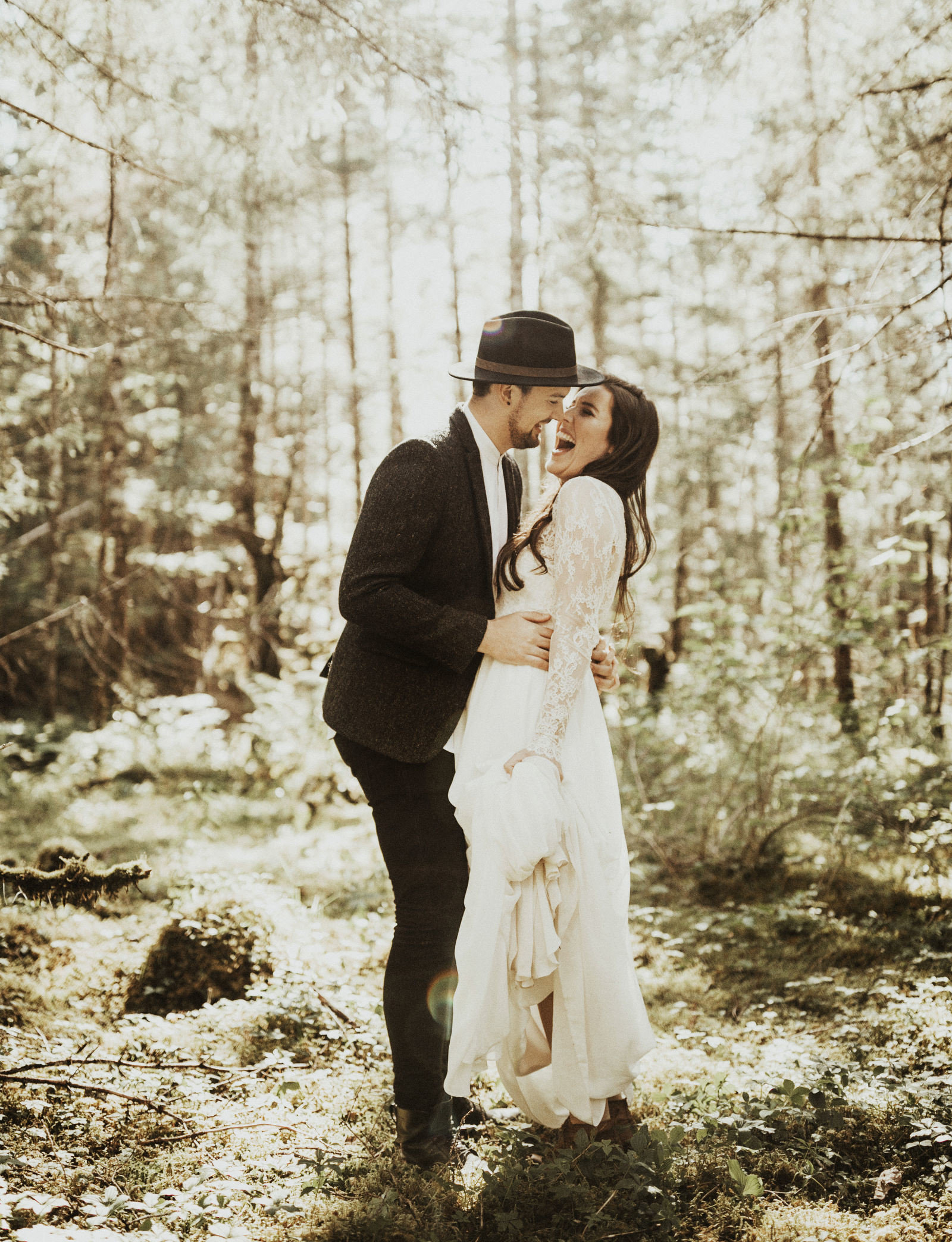 athena-and-camron-alaska-elopement-wedding-inspiration-india-earl-athena-grace-glacier-lagoon-wedding31