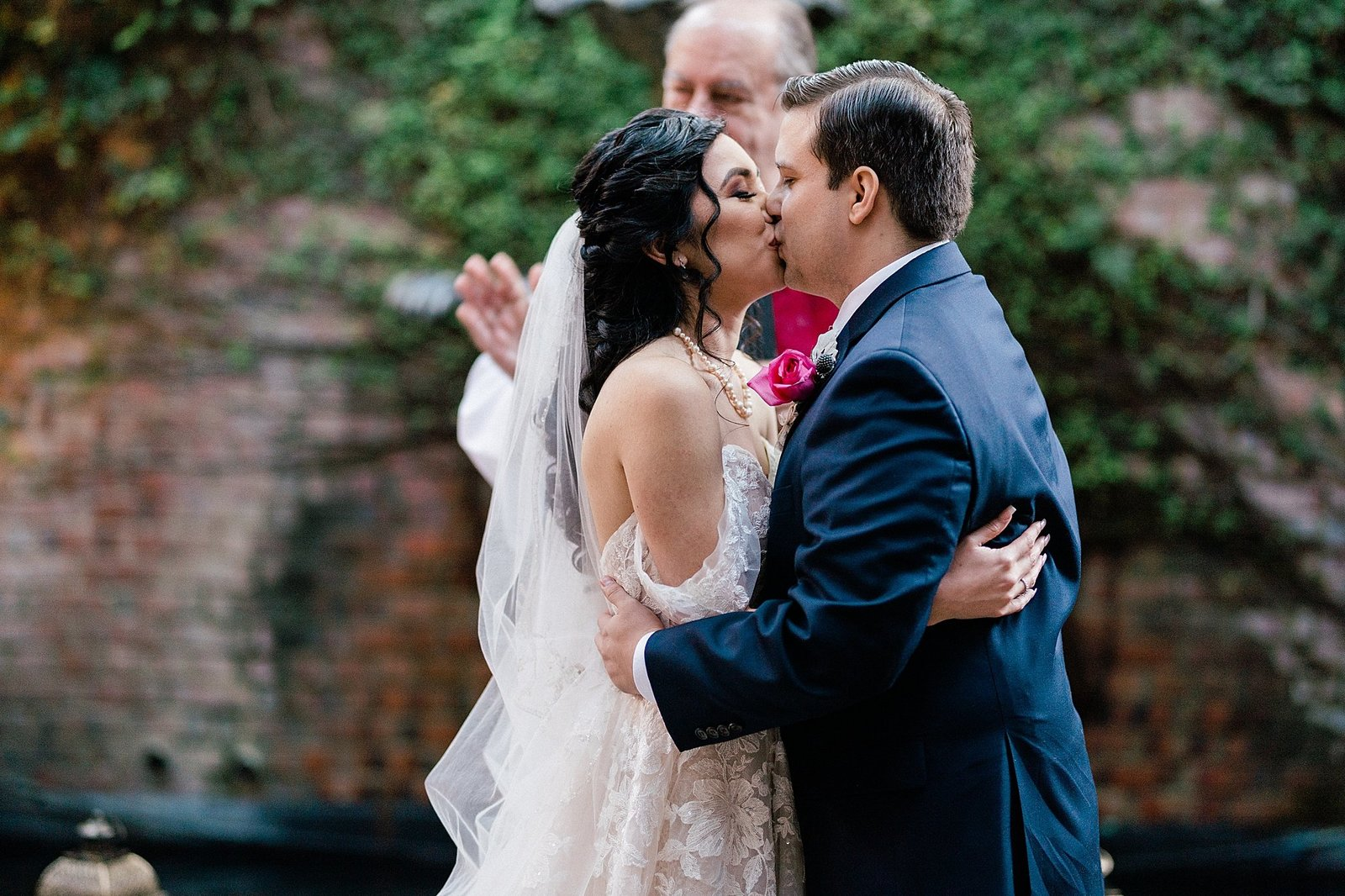 brennans of houston wedding leslie margarita photography_0057