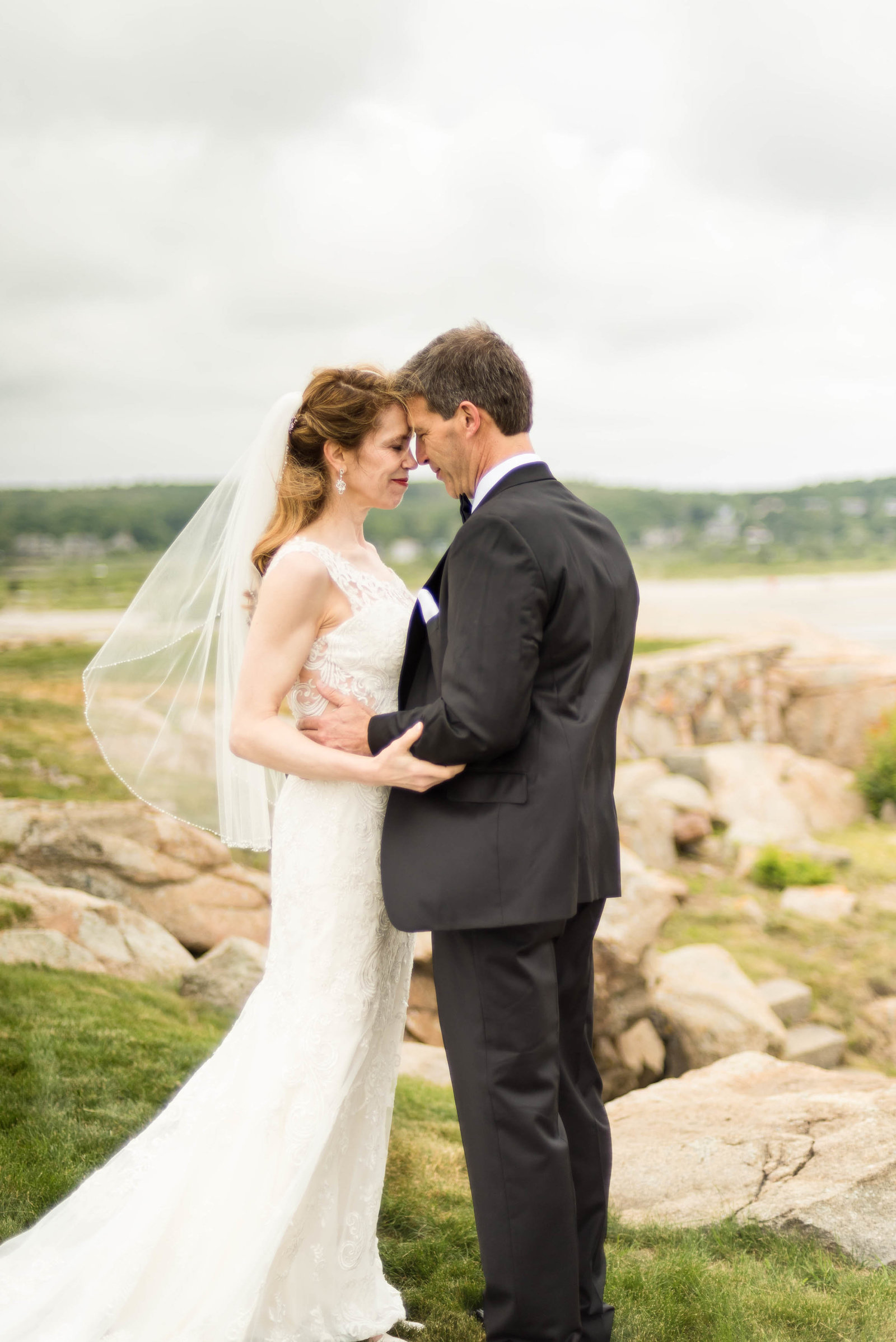 Boston-Wedding-Photographer-Gloucester-Bass-Rocks-Beach-3