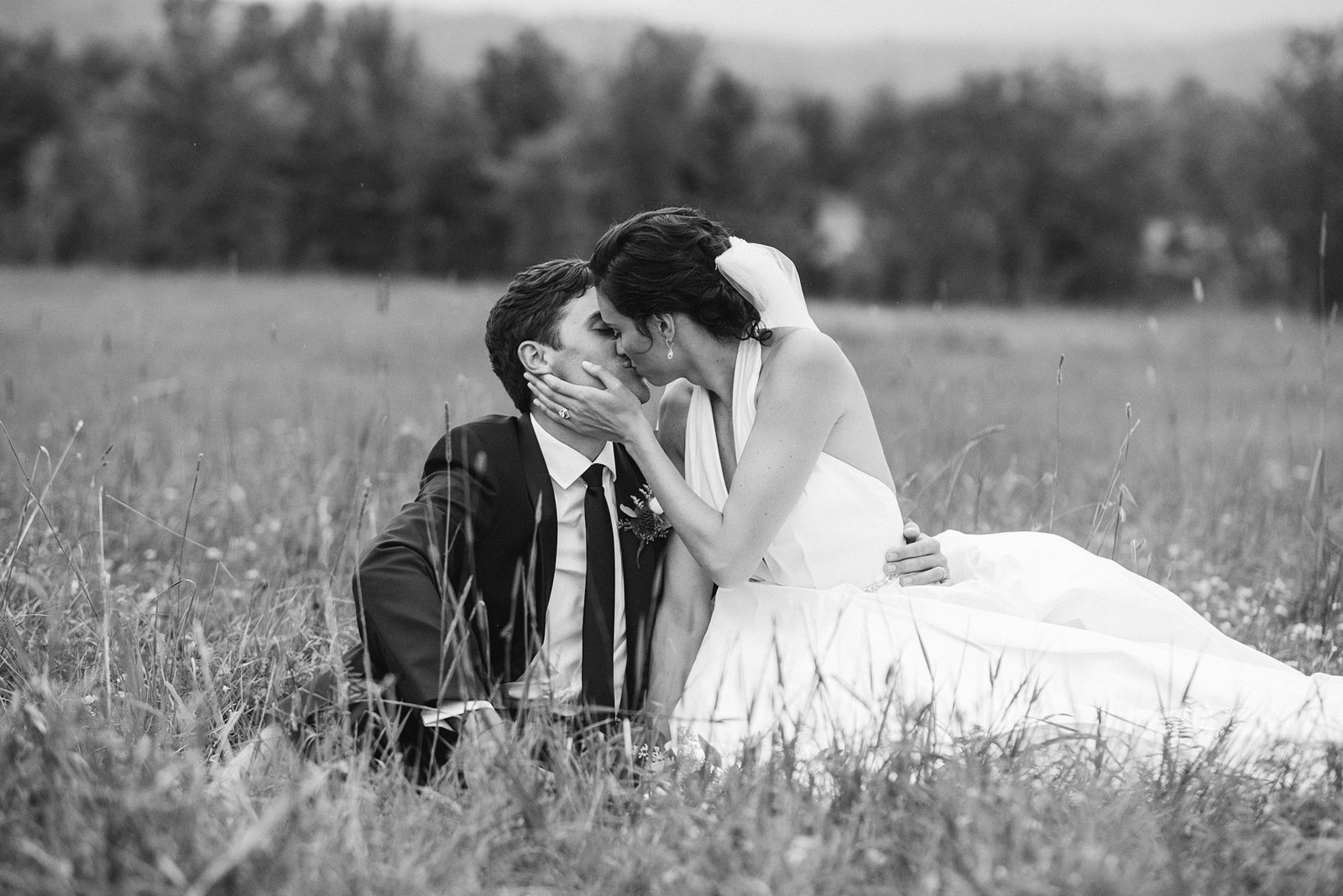 barn-ticonderoga-ny-wedding