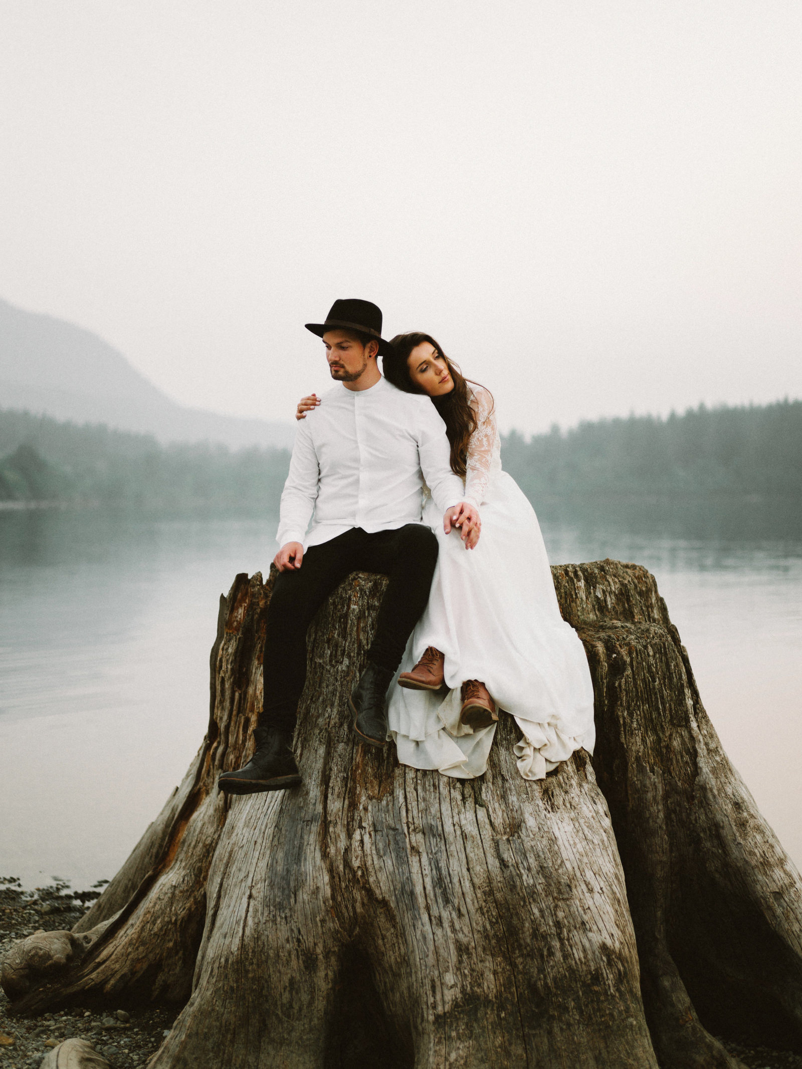 athena-and-camron-seattle-elopement-wedding-benj-haisch-rattlesnake-lake-christian-couple-goals87