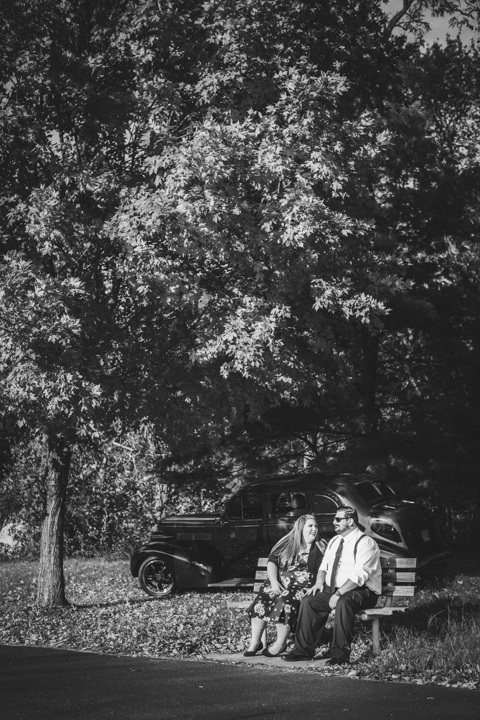 Retro_Pinup_Car_engagement_session_Nj054