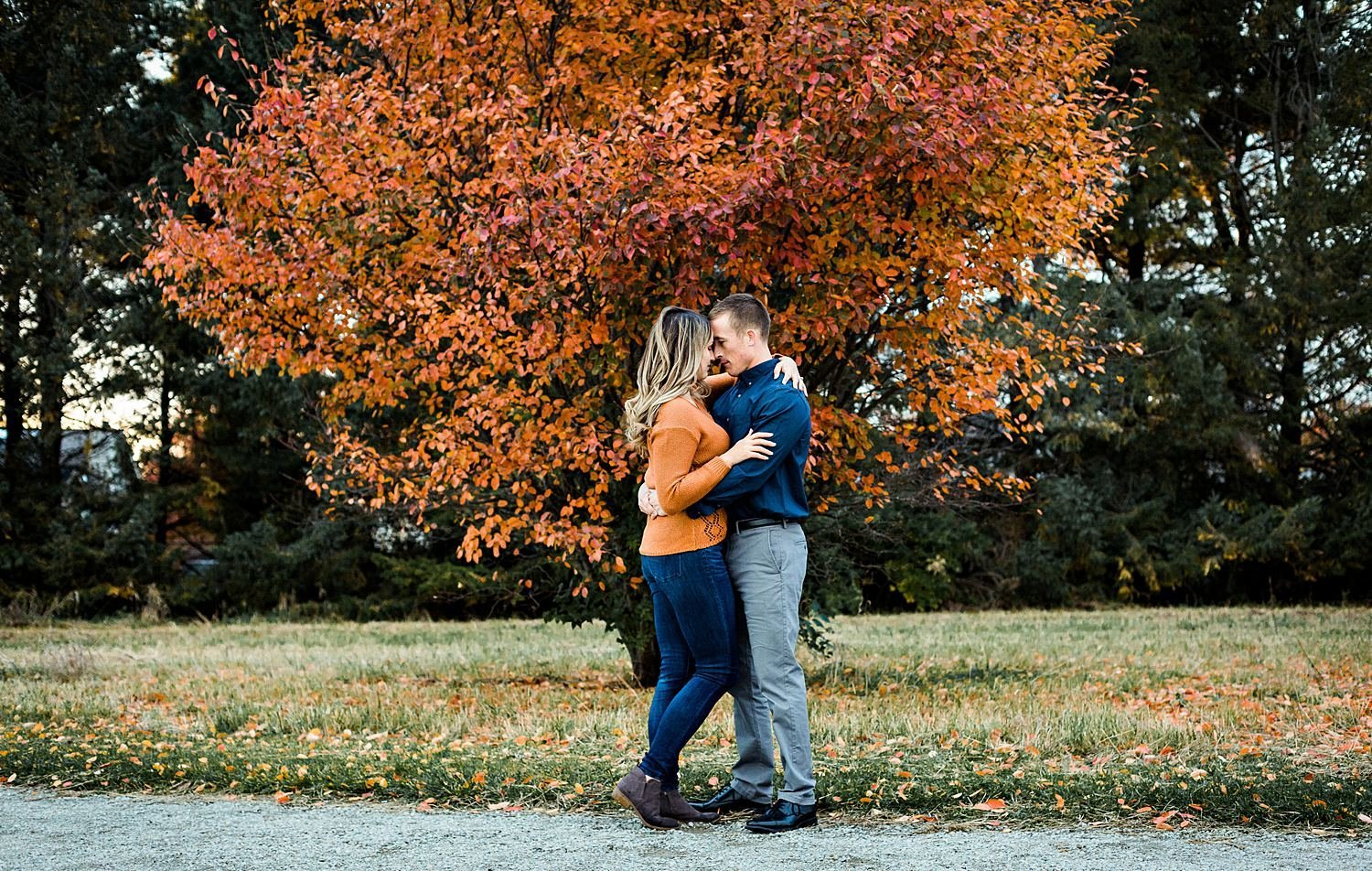 fall-engagement-photos-norma-illinois-14