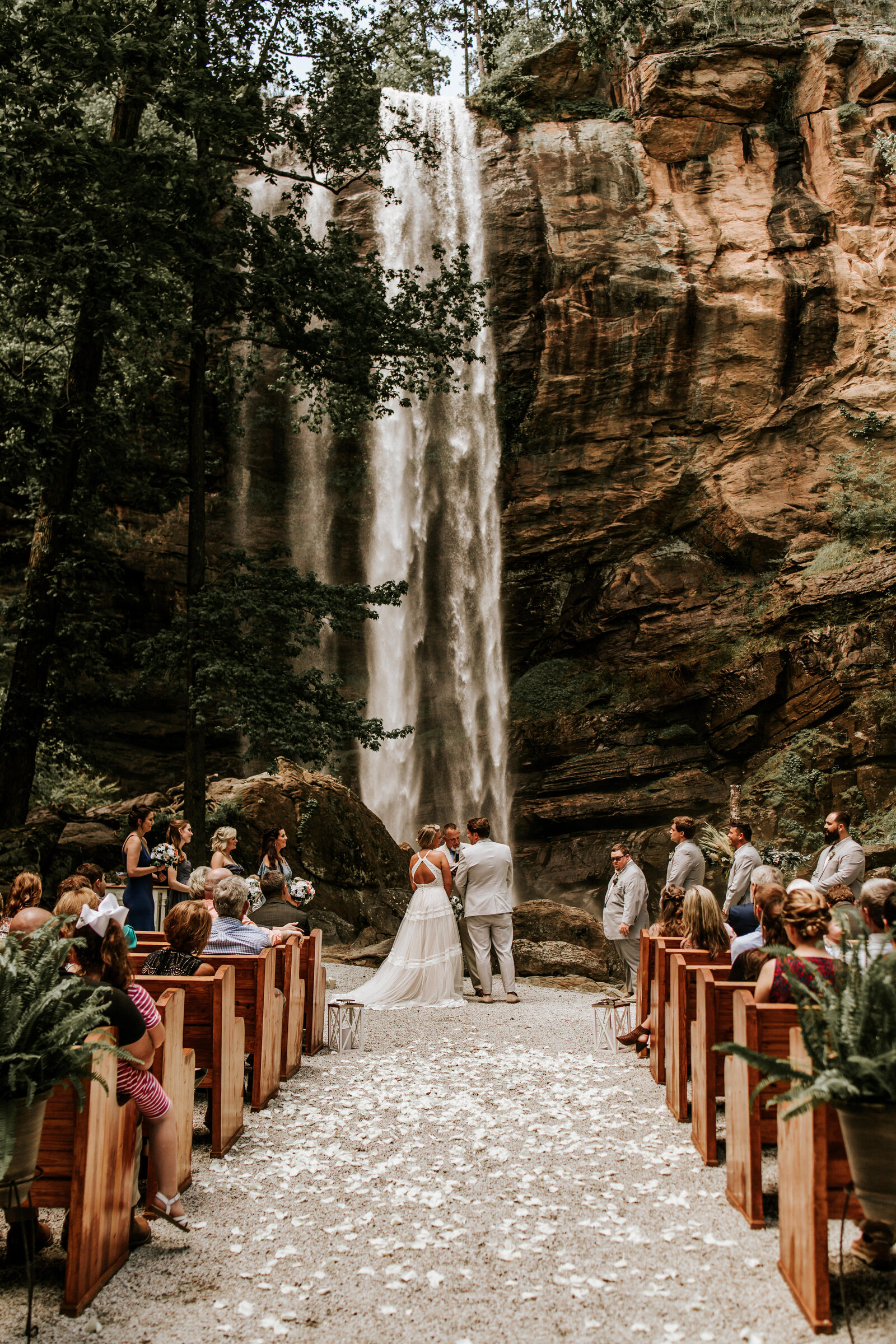 J.Michelle Photography photographs a wedding ceremony at Toccoa Falls in Georgia
