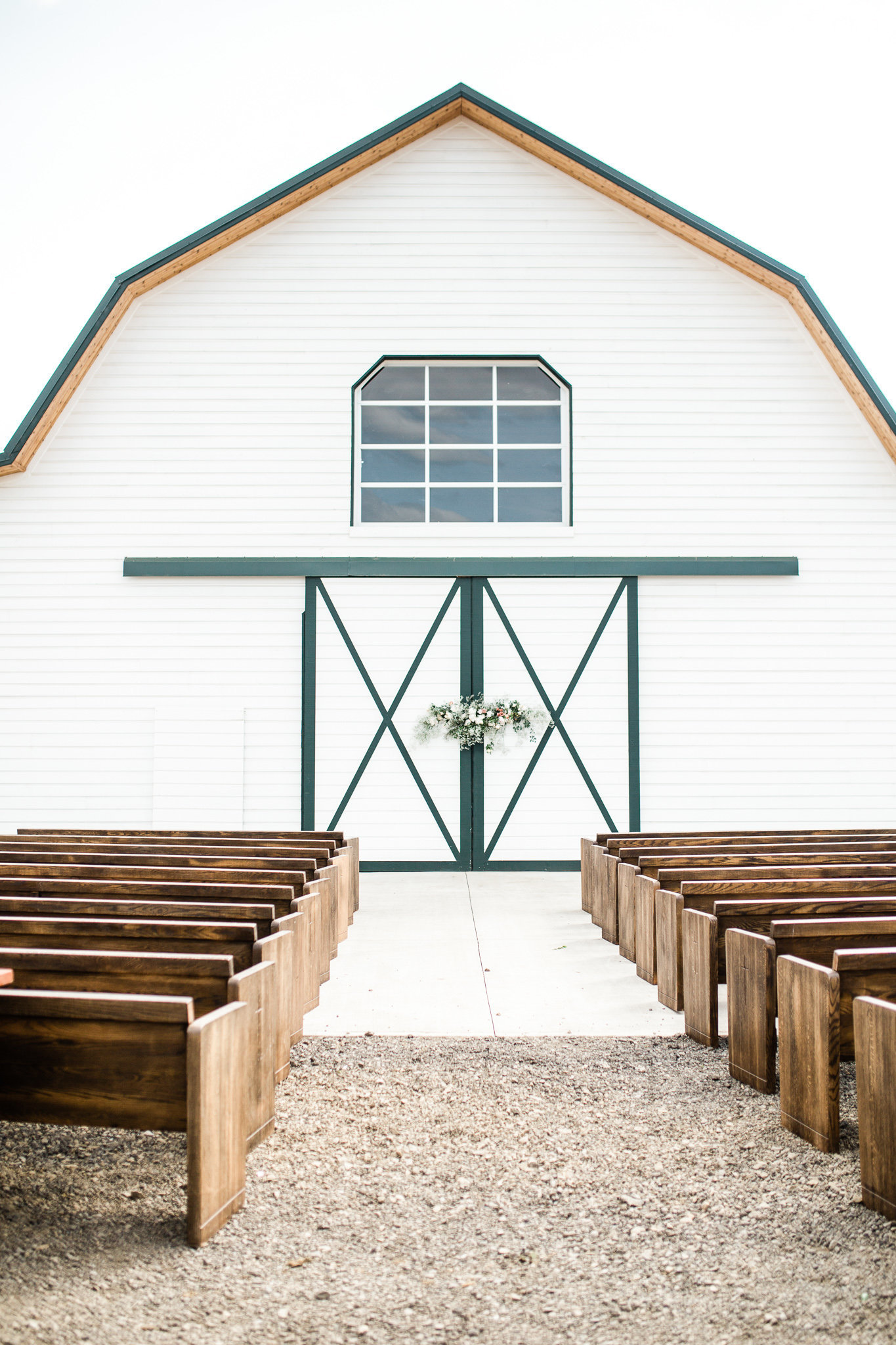 Elegant-Barn-Wedding-Georgia-Ruth-Photography-19