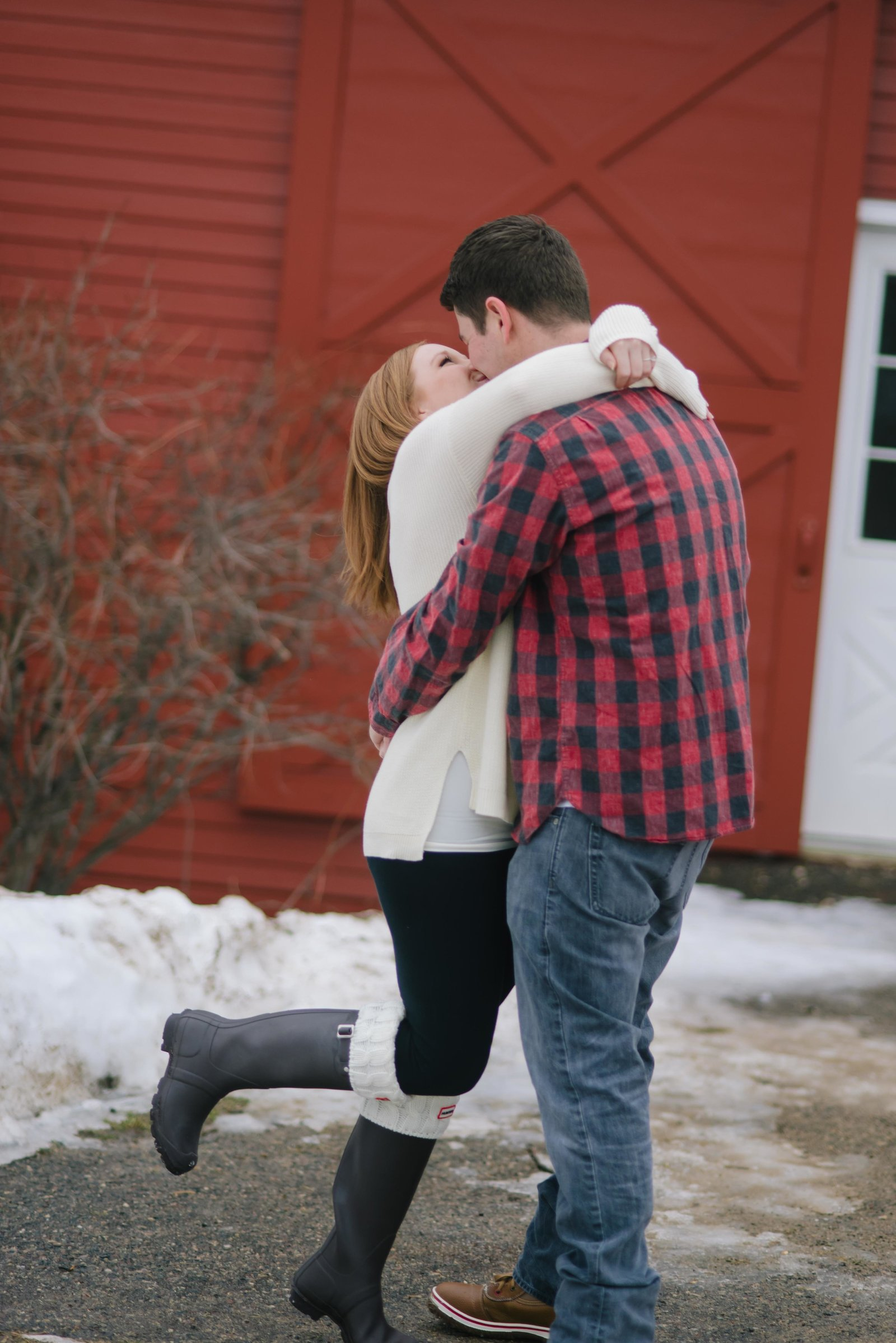 Minnesota Winter Engagement Photos 1148
