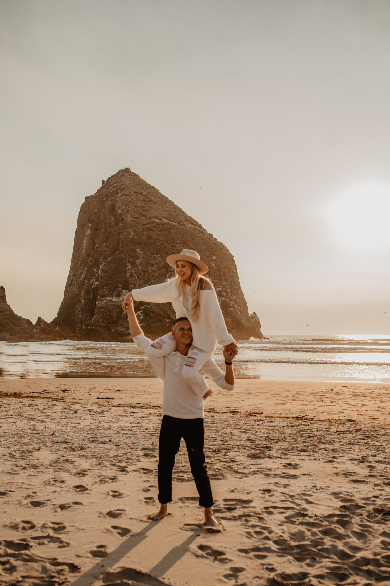 canon beach engagement session