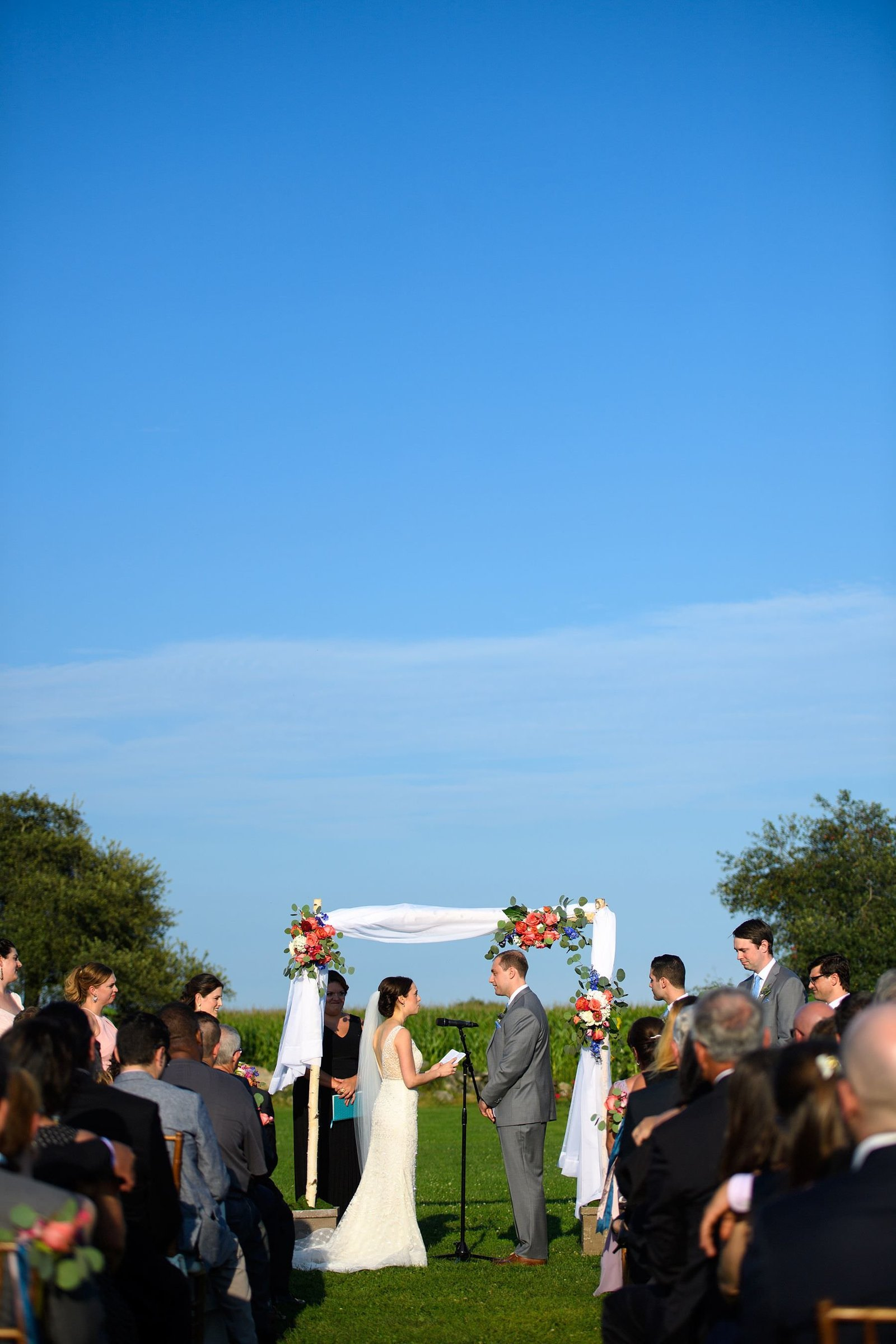 summer-jonathan-edwards-winery-wedding_0030