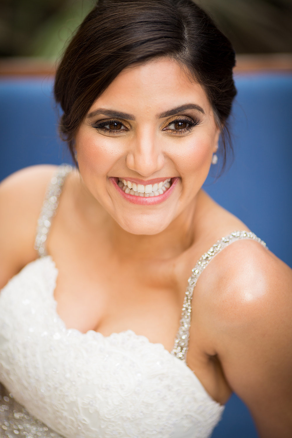 Natural lighting portrait of a beautiful bride