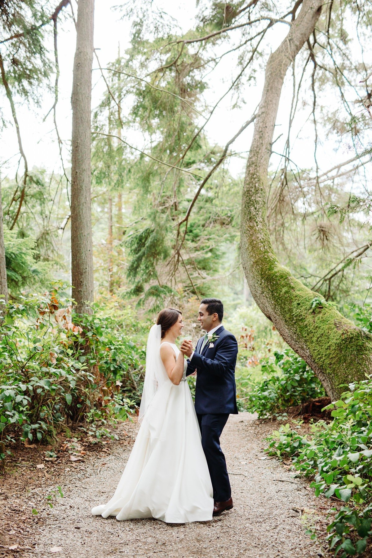 islandwood-bainbridge-island-wedding-photographer-seattle-cameron-zegers-0189