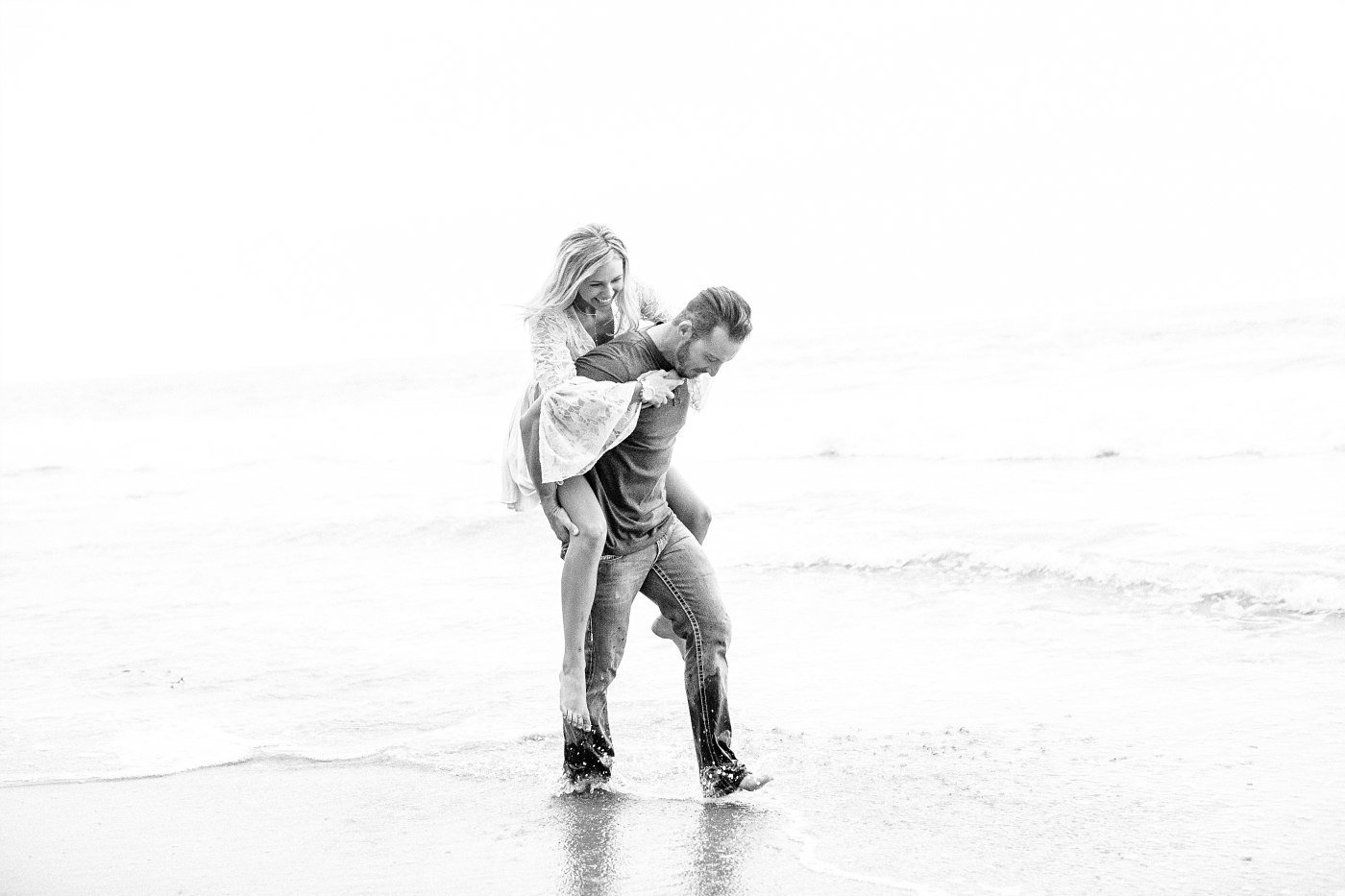 Beach engagement photgraphy orannge county