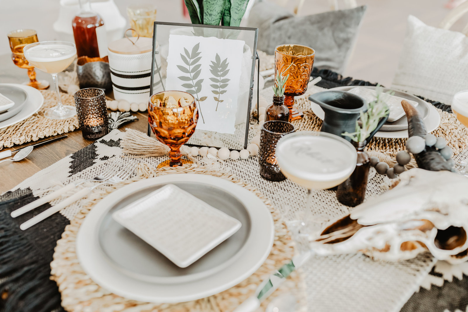 Boho modern wedding place settings at 14 Tenn.