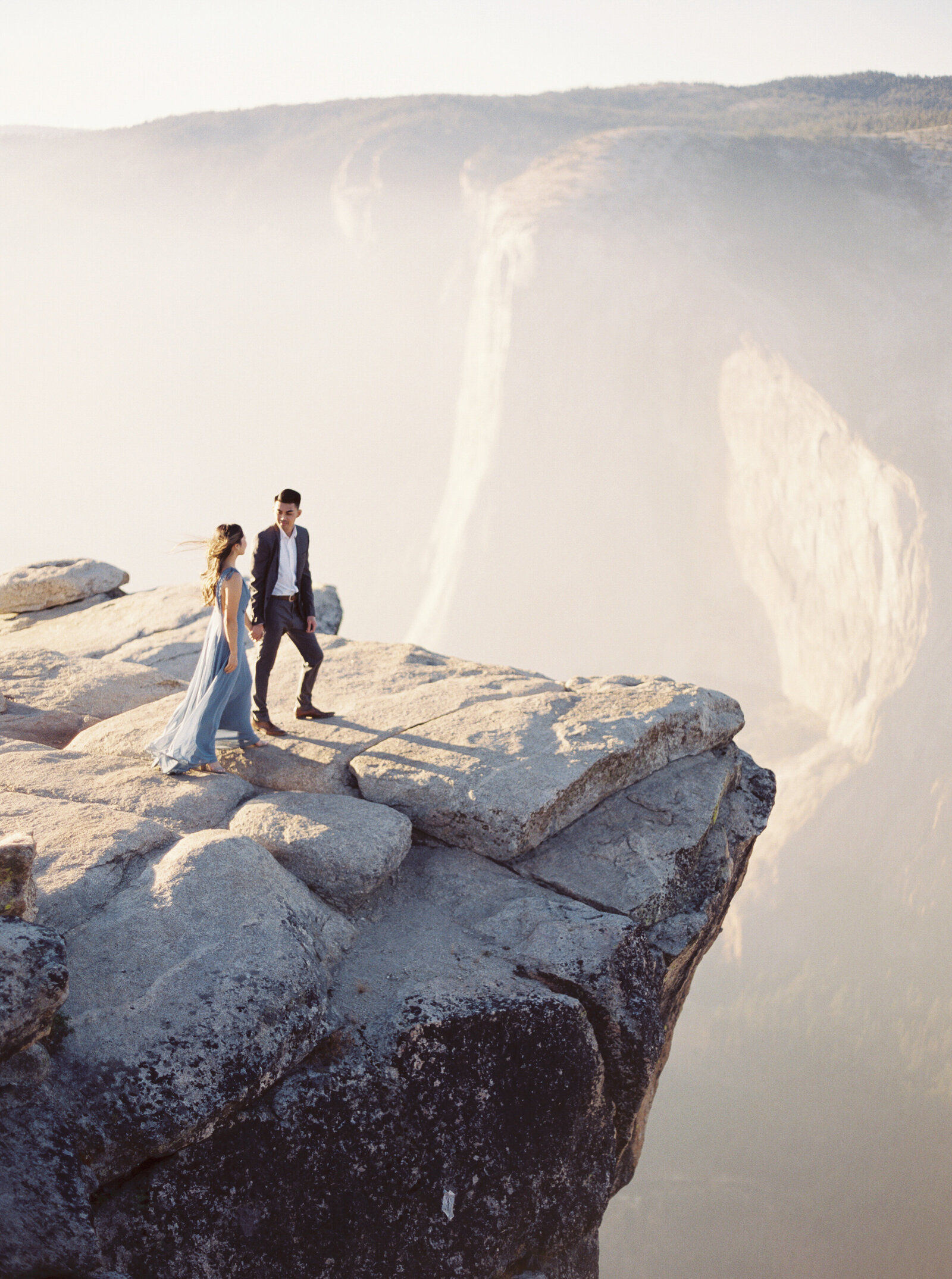 Engagement Session at Taft Point in Yosemite National Forest