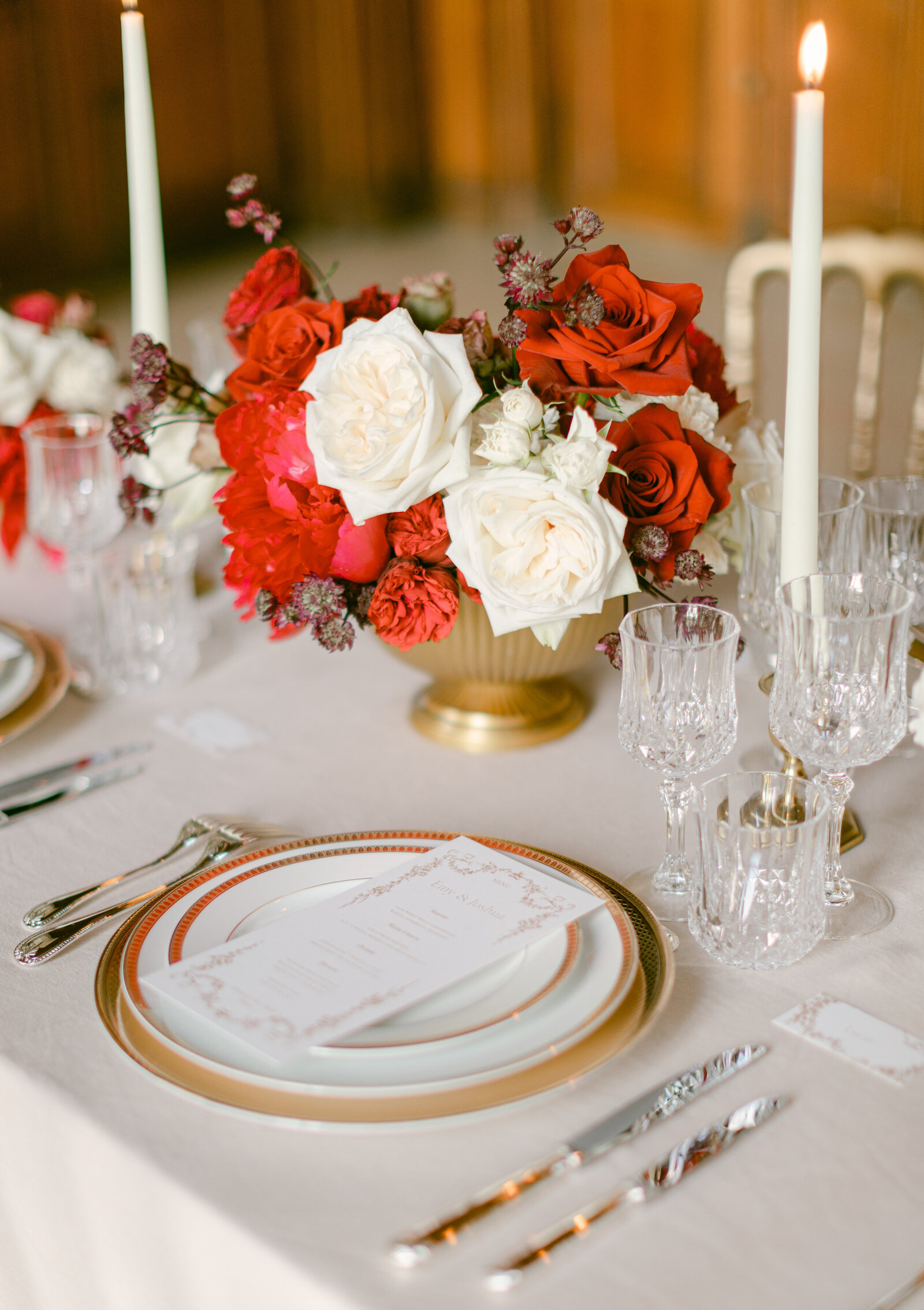 luxury_wedding_table_red_gold-3