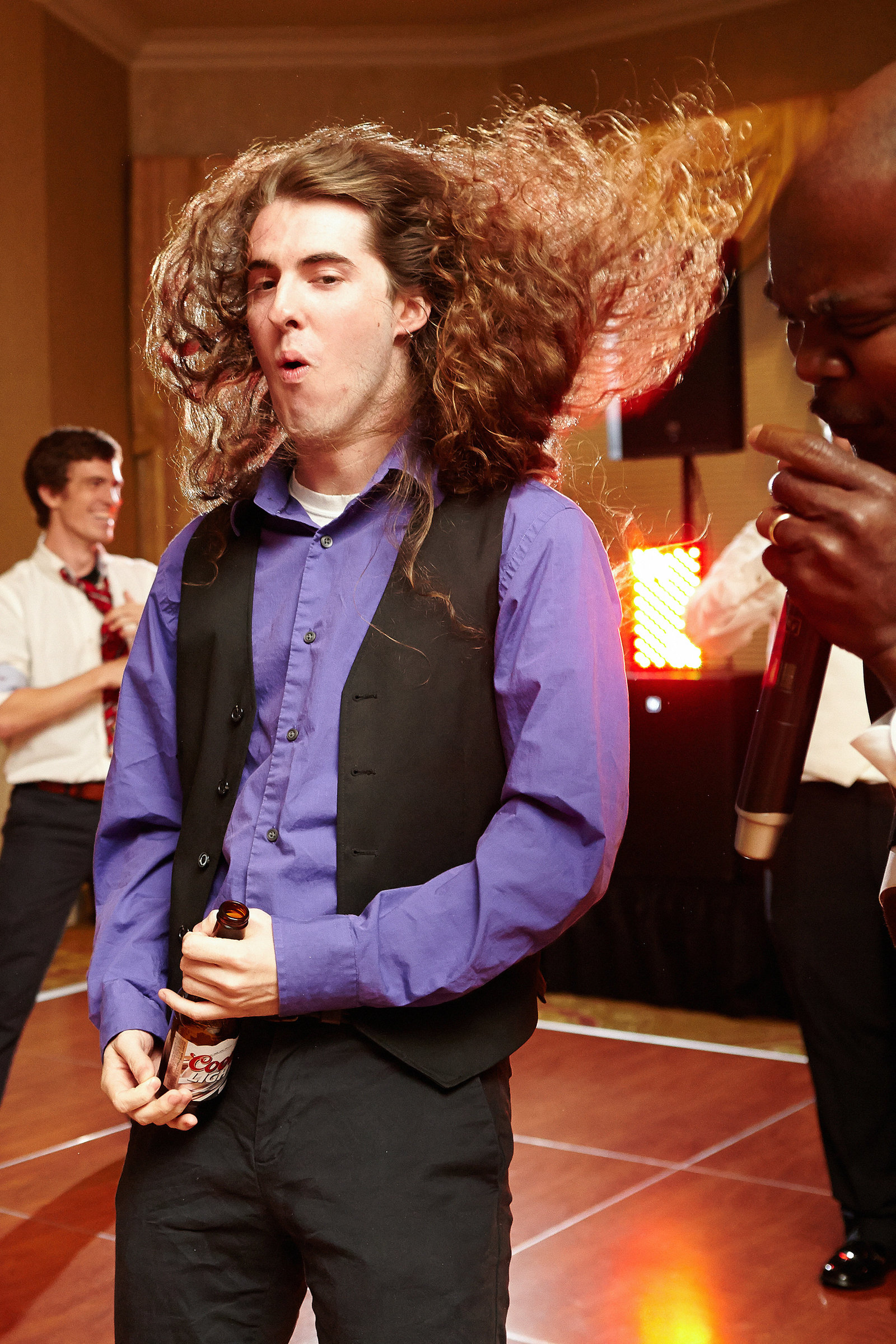 Air-Guitar-Wedding-Reception