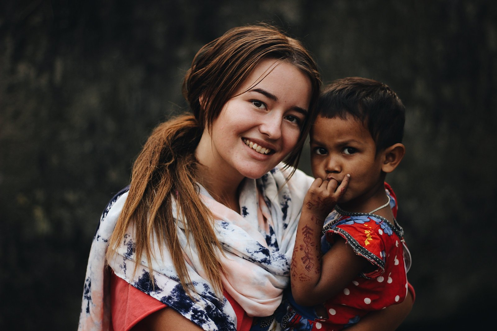 liv hettinga photography doing missions work in India