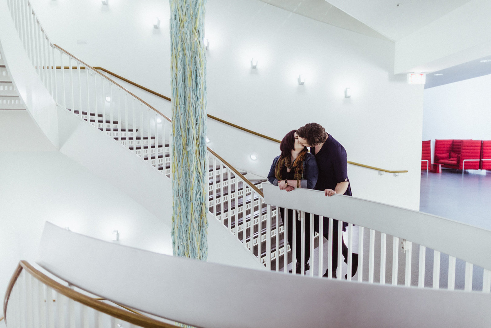 engagement-photos-chicago-museum-contemporary-art-ez-powers-4