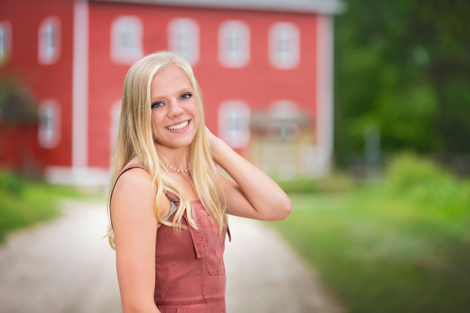 Senior-Pictures-Slinger-High-School-Wisconsin-51