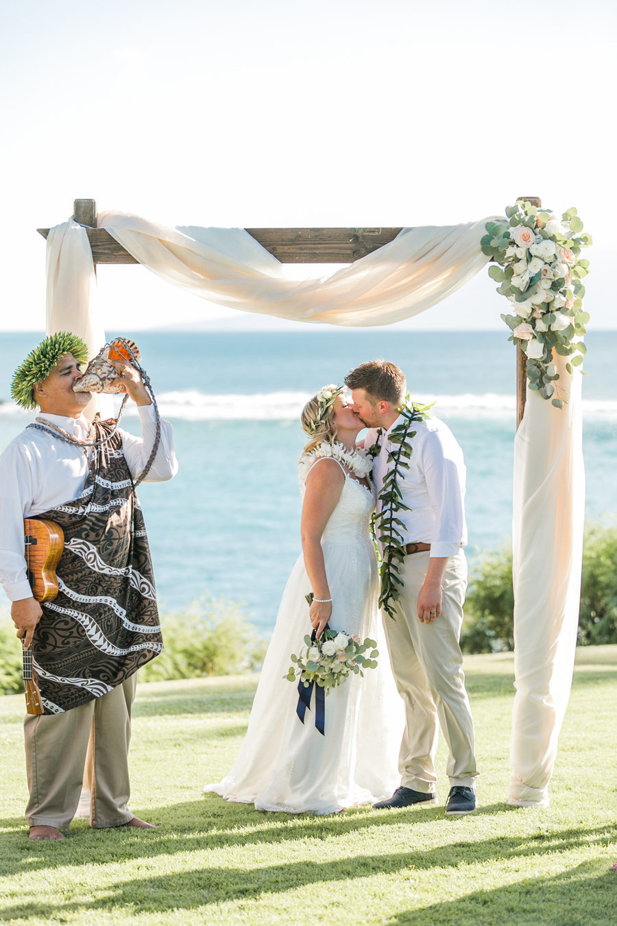 The-Ritz-Carlton-Kapalua-Maui-Wedding-Caitlin-Cathey-Photo-040