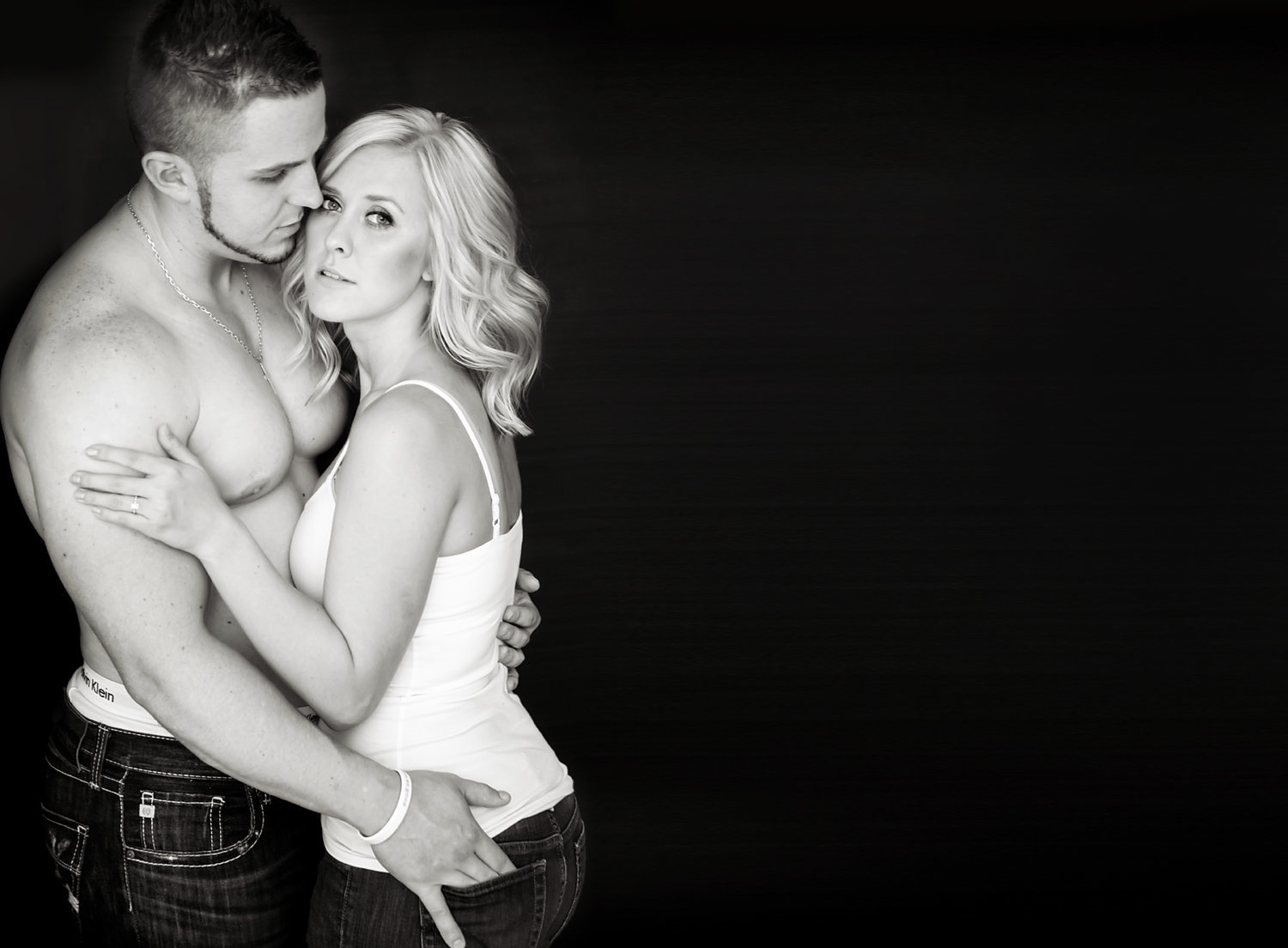 Boudoir couples photography-Lake Tapps