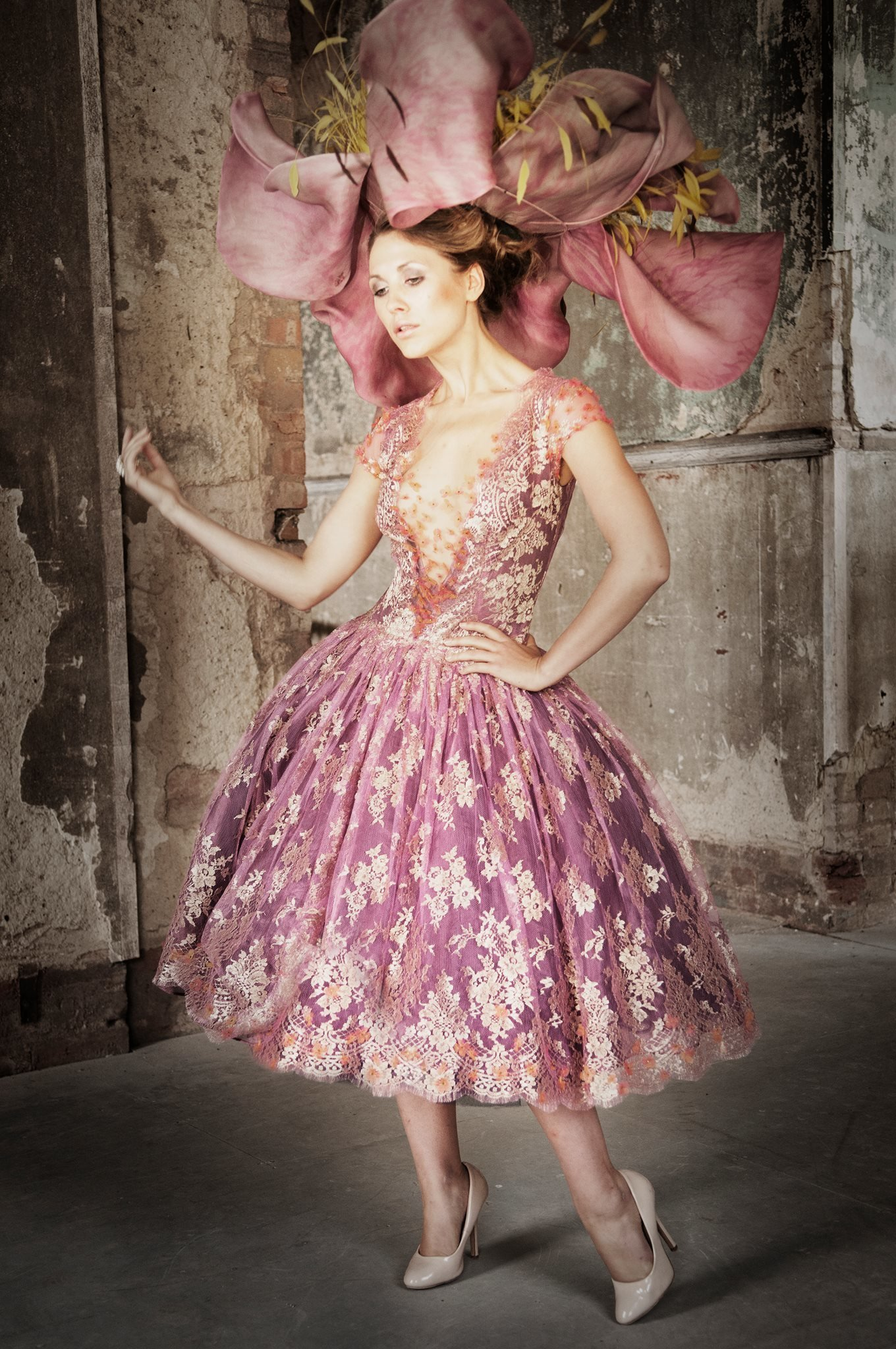 Svetlana_pink_gold_lace_tealength_cocktail_part_dress_JoanneFlemingDesign_BruceSmithPhoto (2)