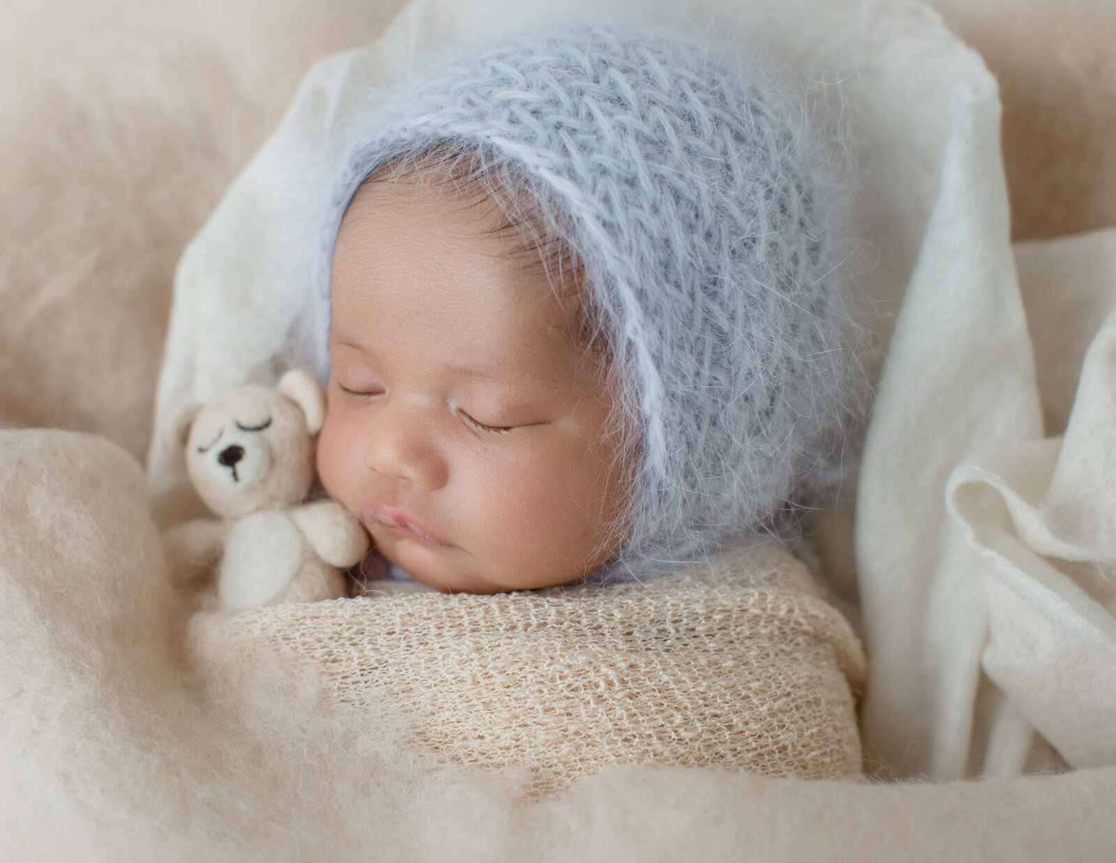 Babsie-Baby-Photography-Top-Newborn-Photographer-in-San-Diego-North-County-Oceanside-Baby-Boy-Nicolas-2019